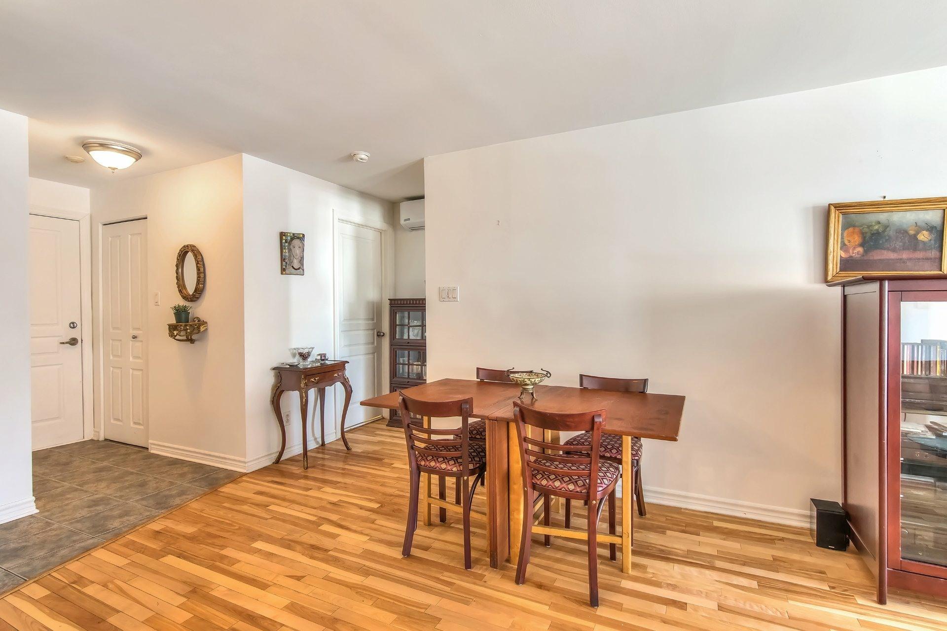 image 4 - Departamento En venta Côte-des-Neiges/Notre-Dame-de-Grâce Montréal  - 6 habitaciones