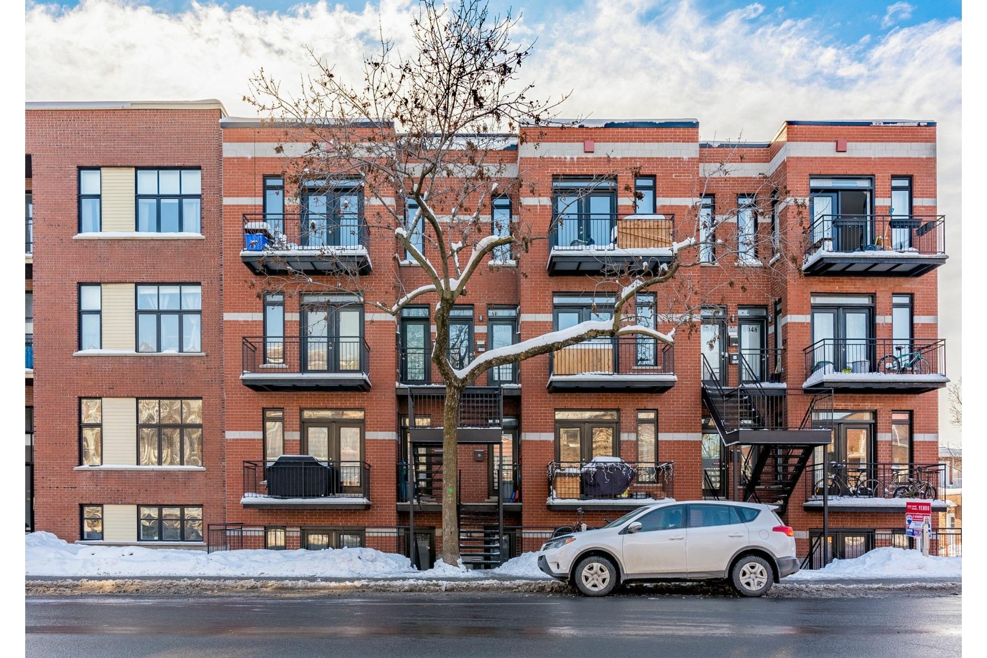 image 0 - Appartement À vendre Rosemont/La Petite-Patrie Montréal  - 7 pièces