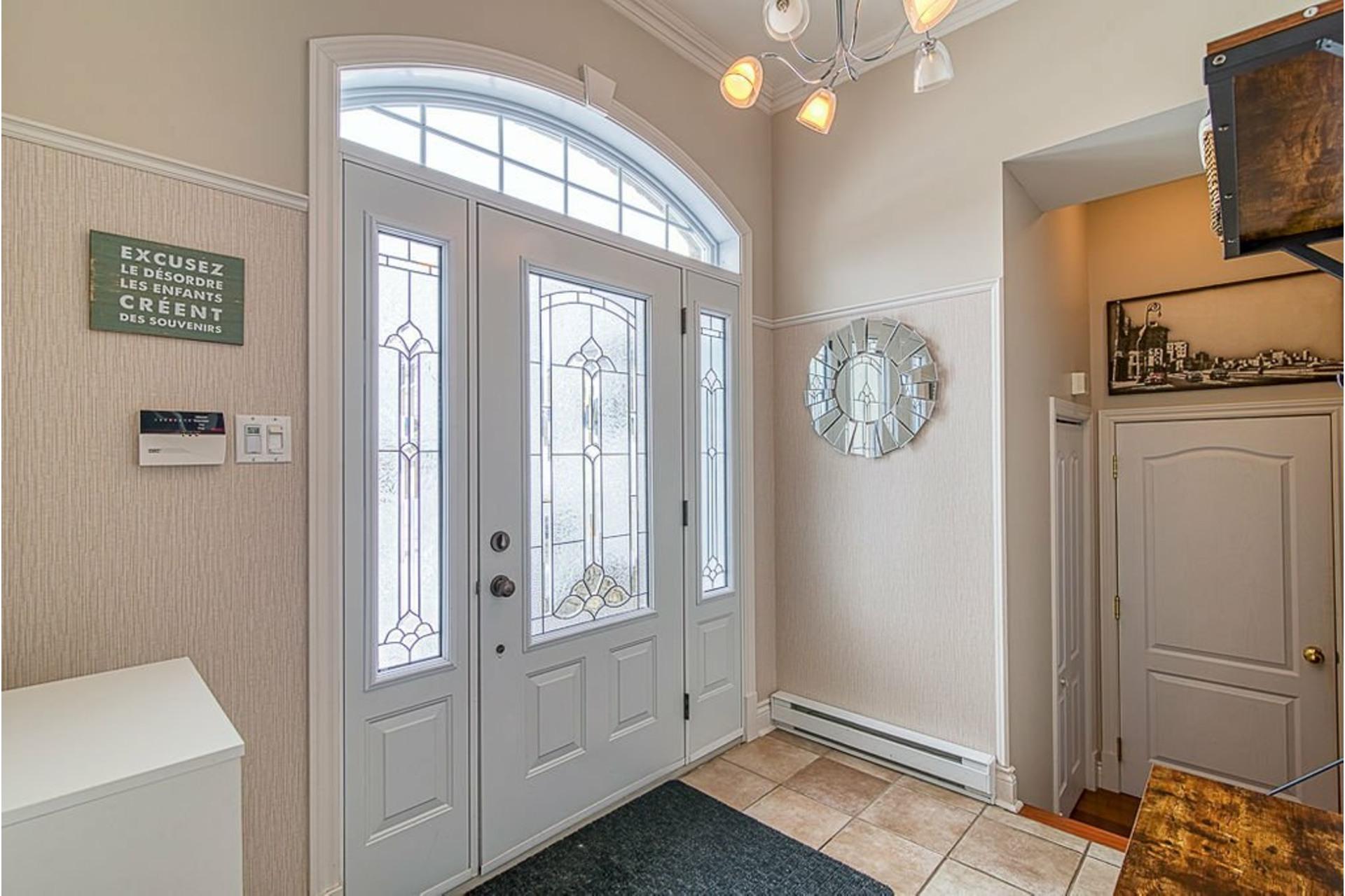 image 1 - House For sale Sainte-Anne-des-Plaines - 12 rooms