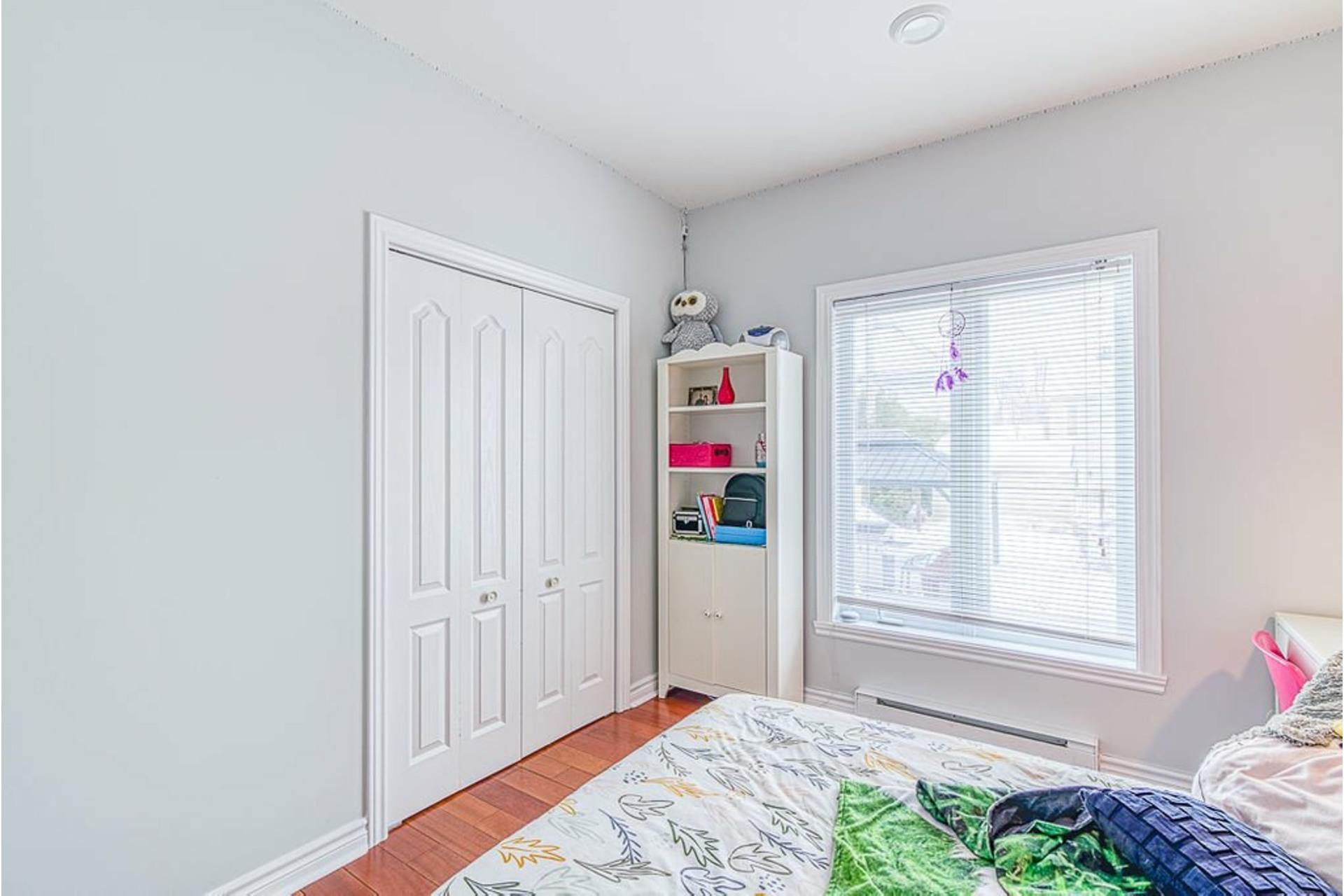 image 23 - House For sale Sainte-Anne-des-Plaines - 12 rooms