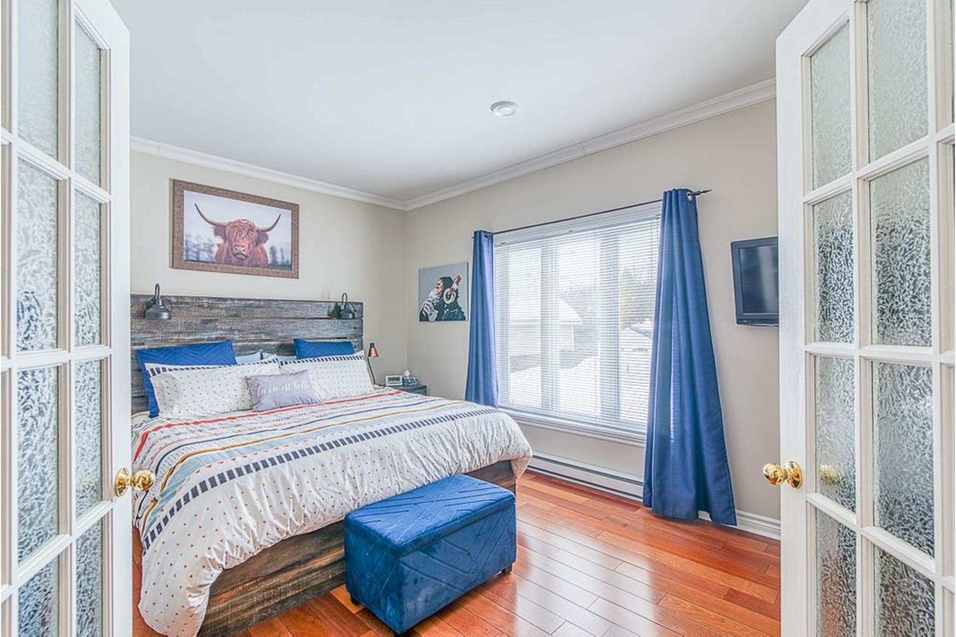 image 19 - House For sale Sainte-Anne-des-Plaines - 12 rooms