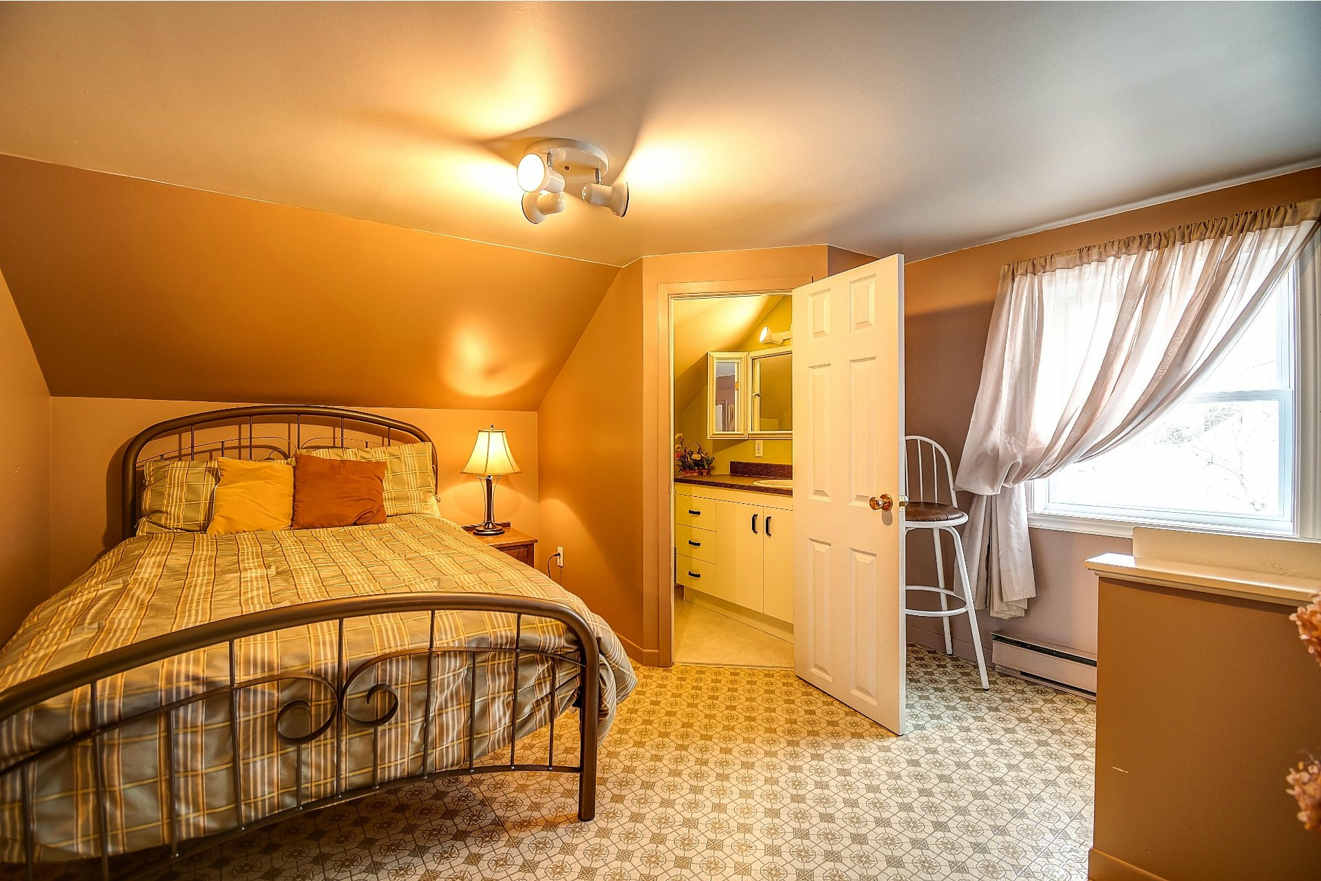image 24 - House For sale Maskinongé - 12 rooms