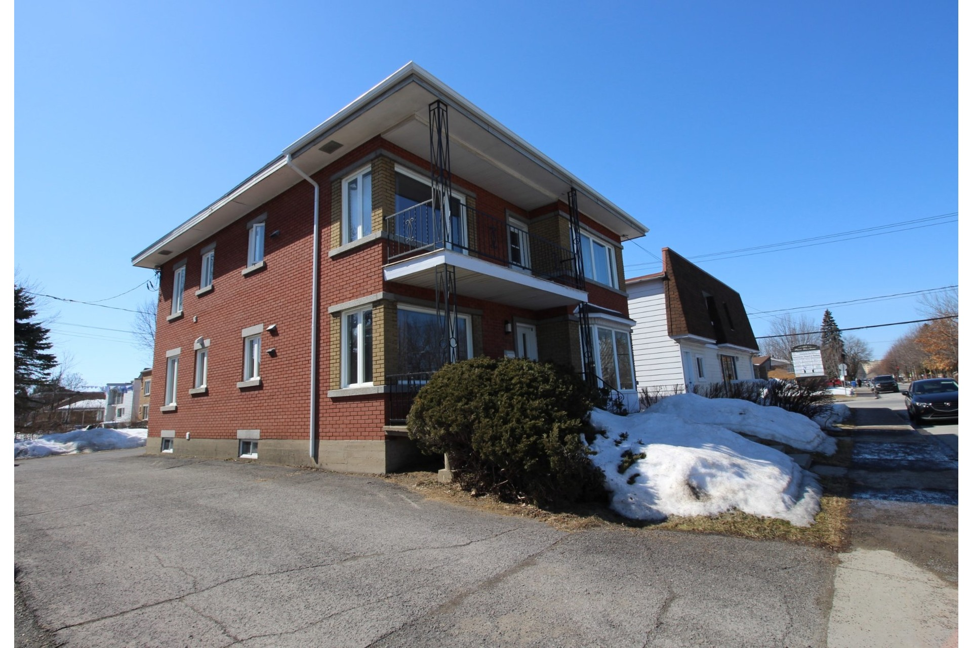 image 32 - Duplex For sale Joliette - 5 rooms