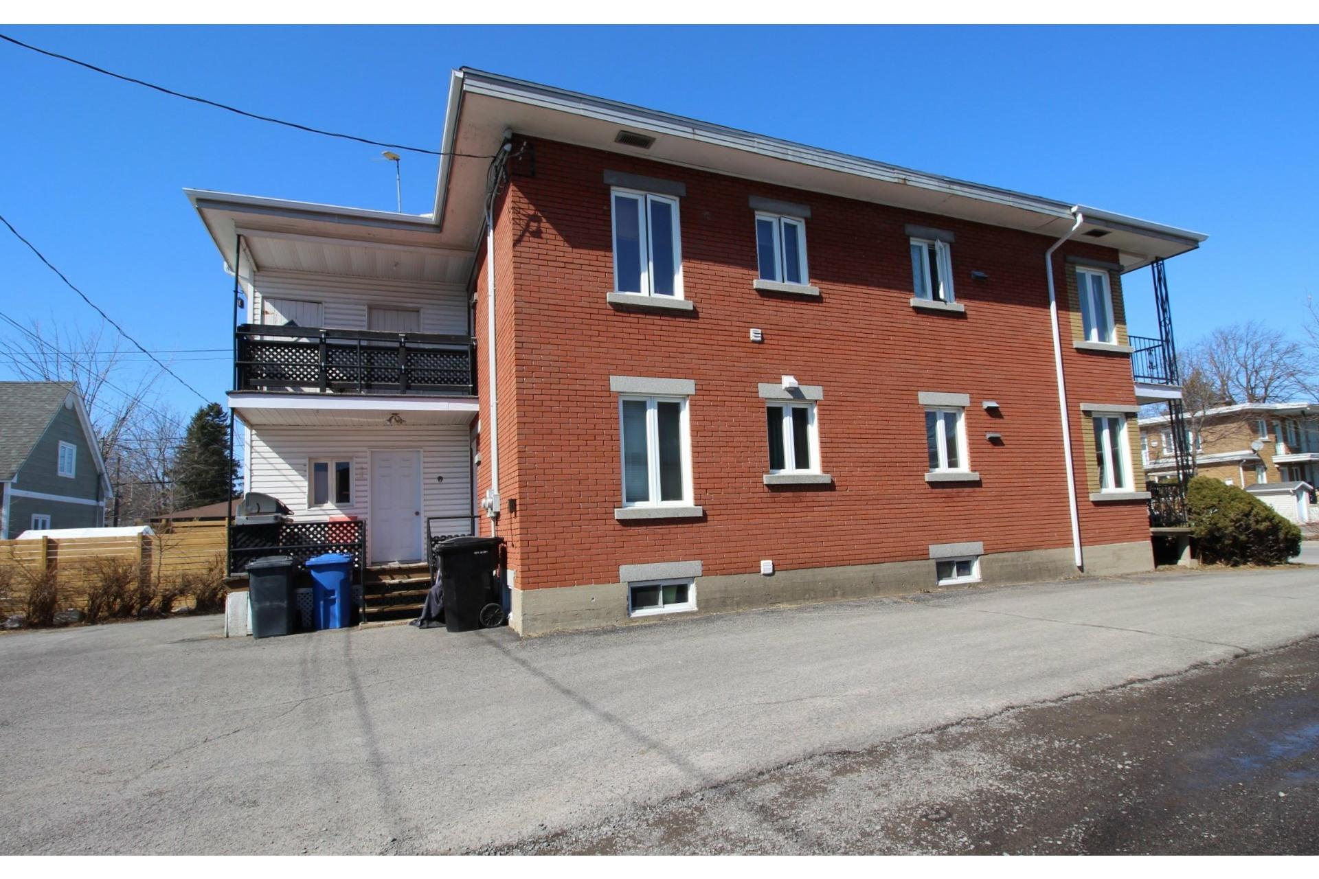 image 34 - Duplex For sale Joliette - 5 rooms