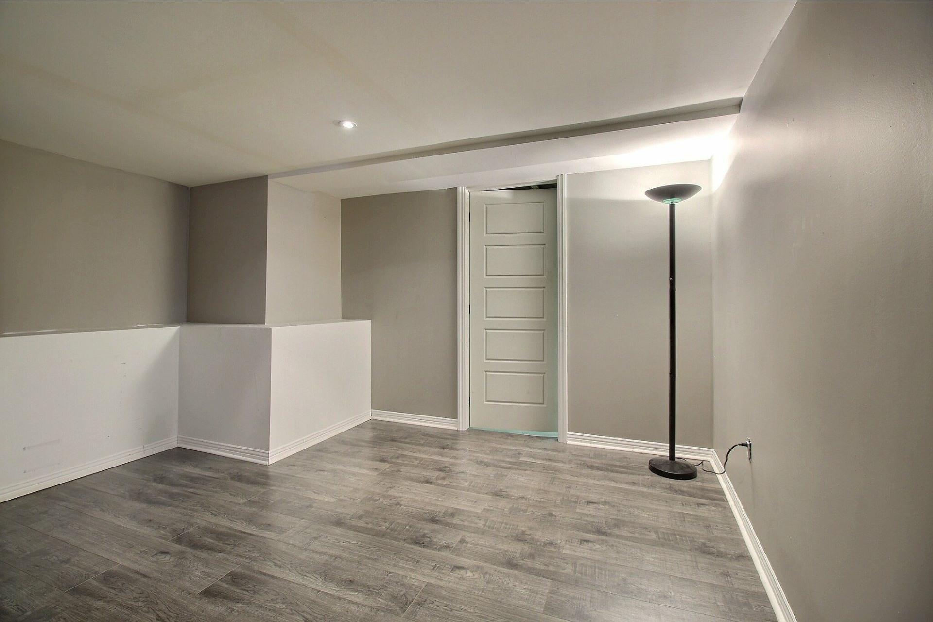 image 29 - Duplex For sale Joliette - 5 rooms