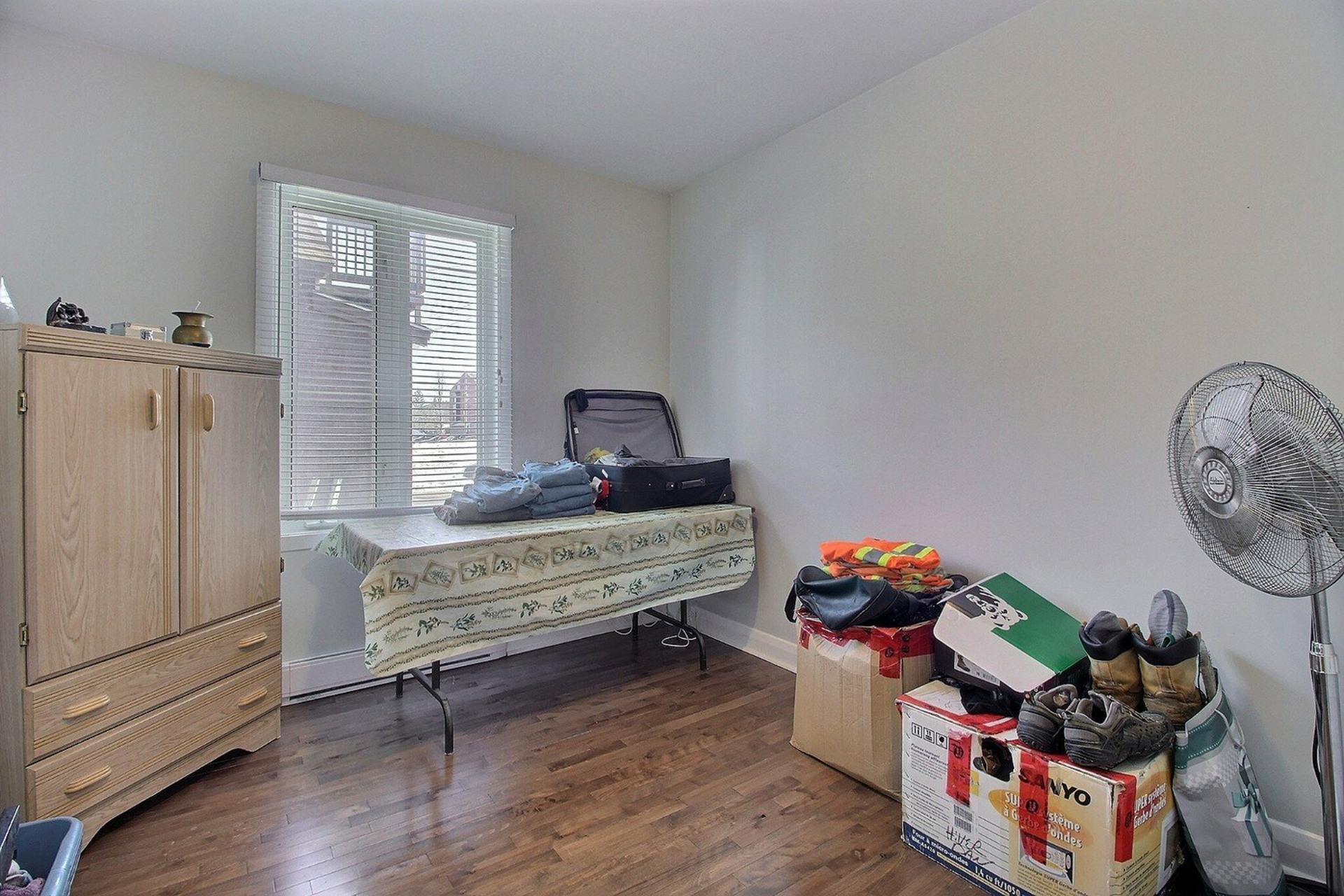 image 27 - Duplex For sale Joliette - 5 rooms
