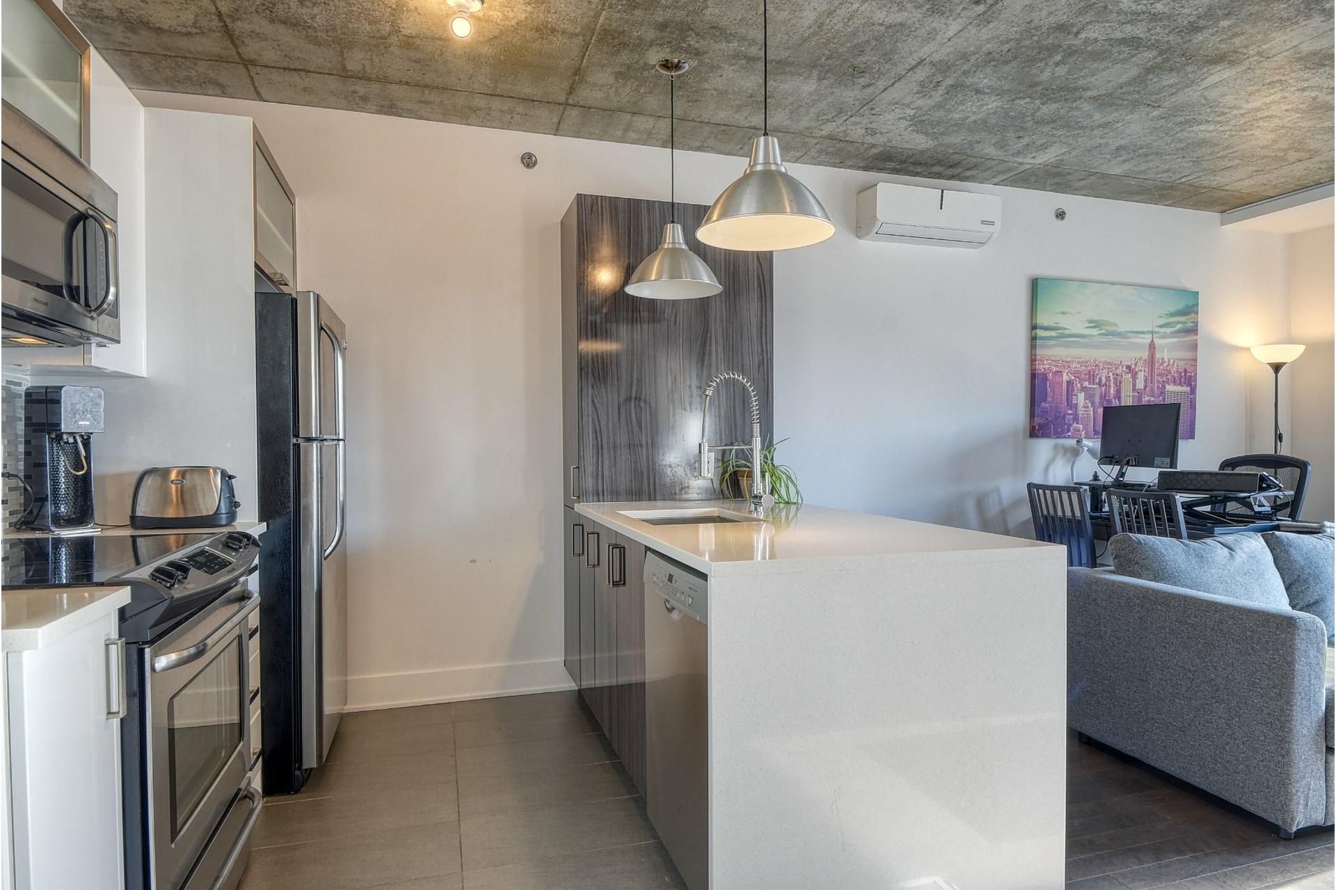 image 5 - Apartment For sale Ville-Marie Montréal  - 5 rooms