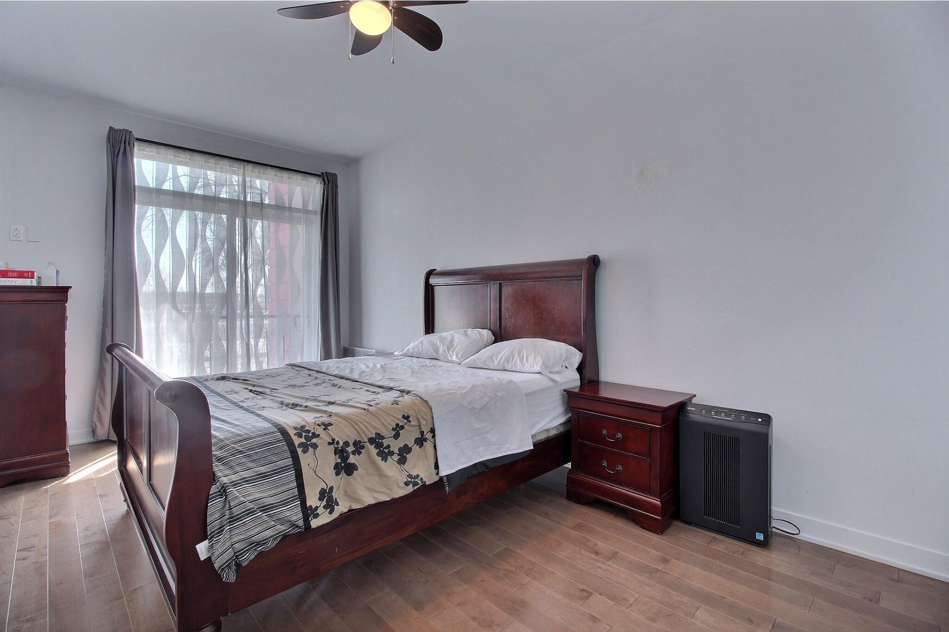 image 17 - Apartment For sale Ville-Marie Montréal  - 3 rooms
