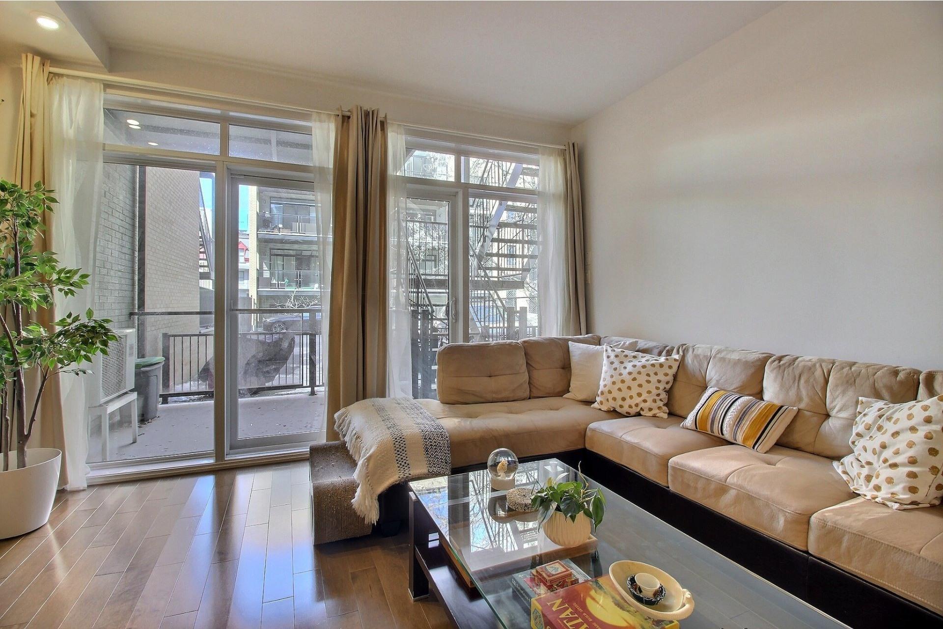 image 4 - Apartment For sale Ville-Marie Montréal  - 3 rooms
