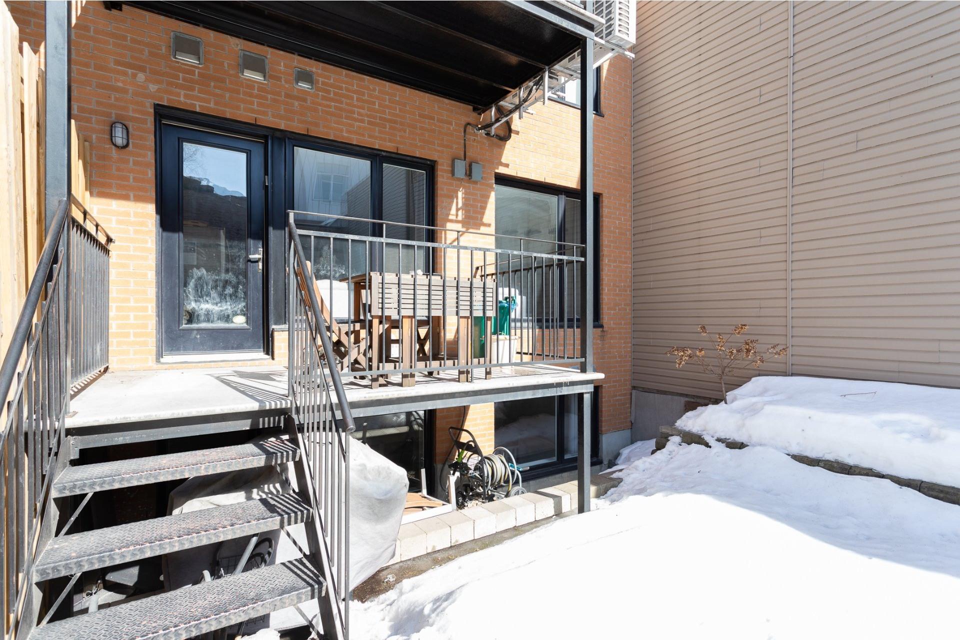 image 14 - Appartement À vendre Le Sud-Ouest Montréal  - 9 pièces