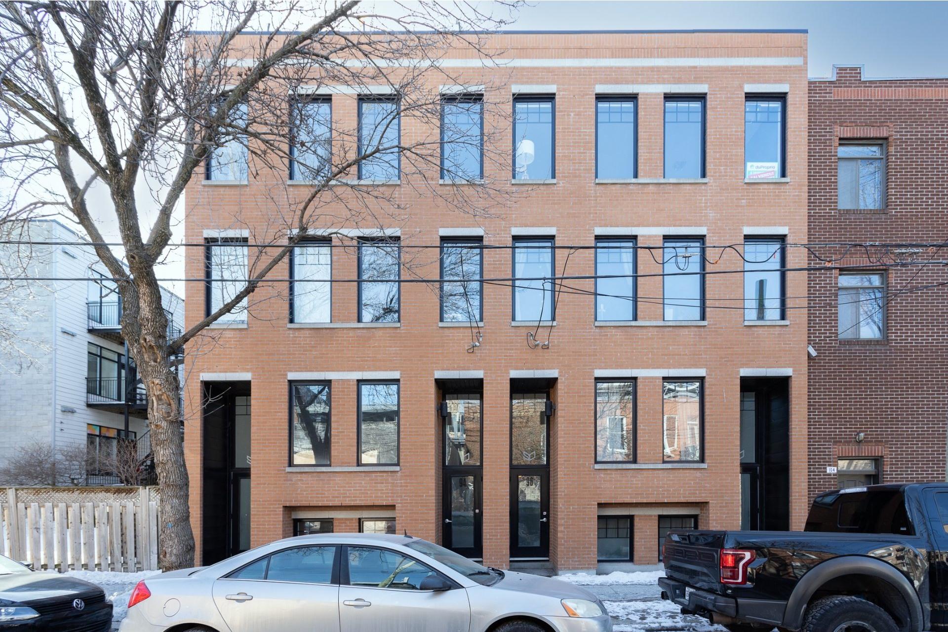 image 15 - Appartement À vendre Le Sud-Ouest Montréal  - 9 pièces