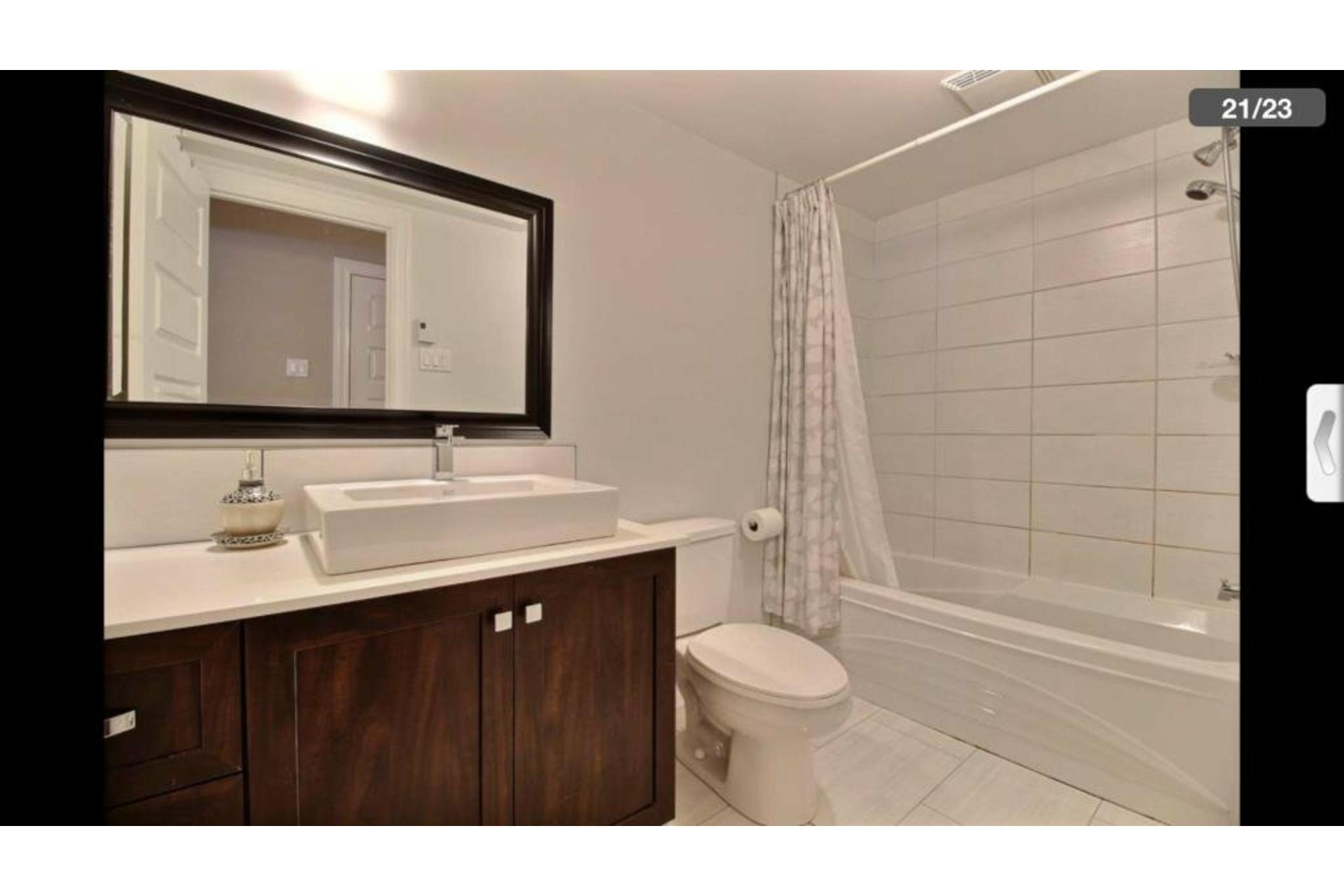 image 18 - Apartment For rent Saint-Laurent Montréal  - 10 rooms