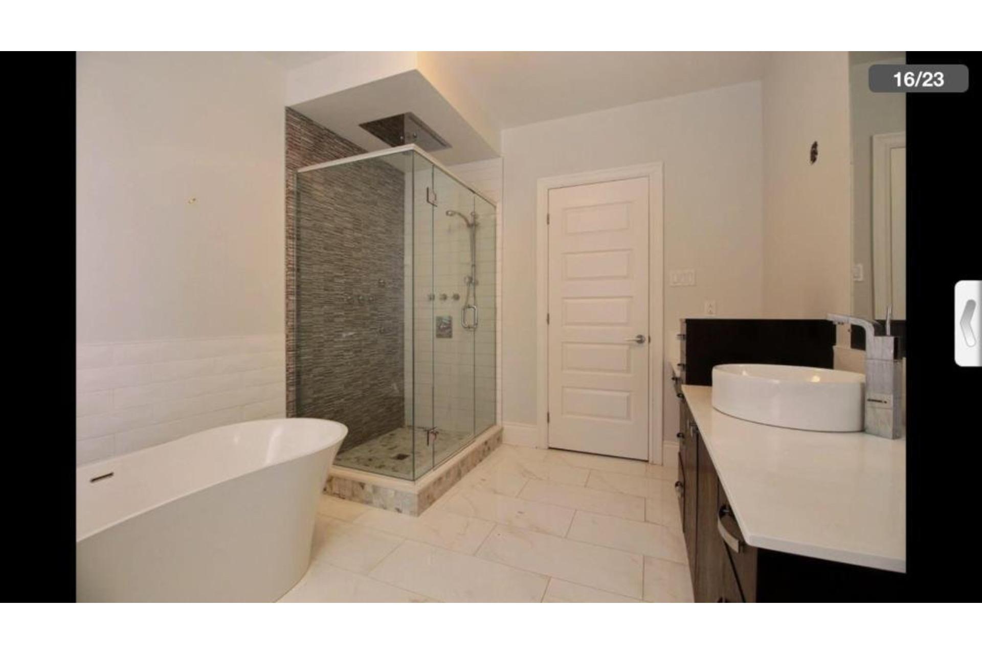 image 13 - Apartment For rent Saint-Laurent Montréal  - 10 rooms