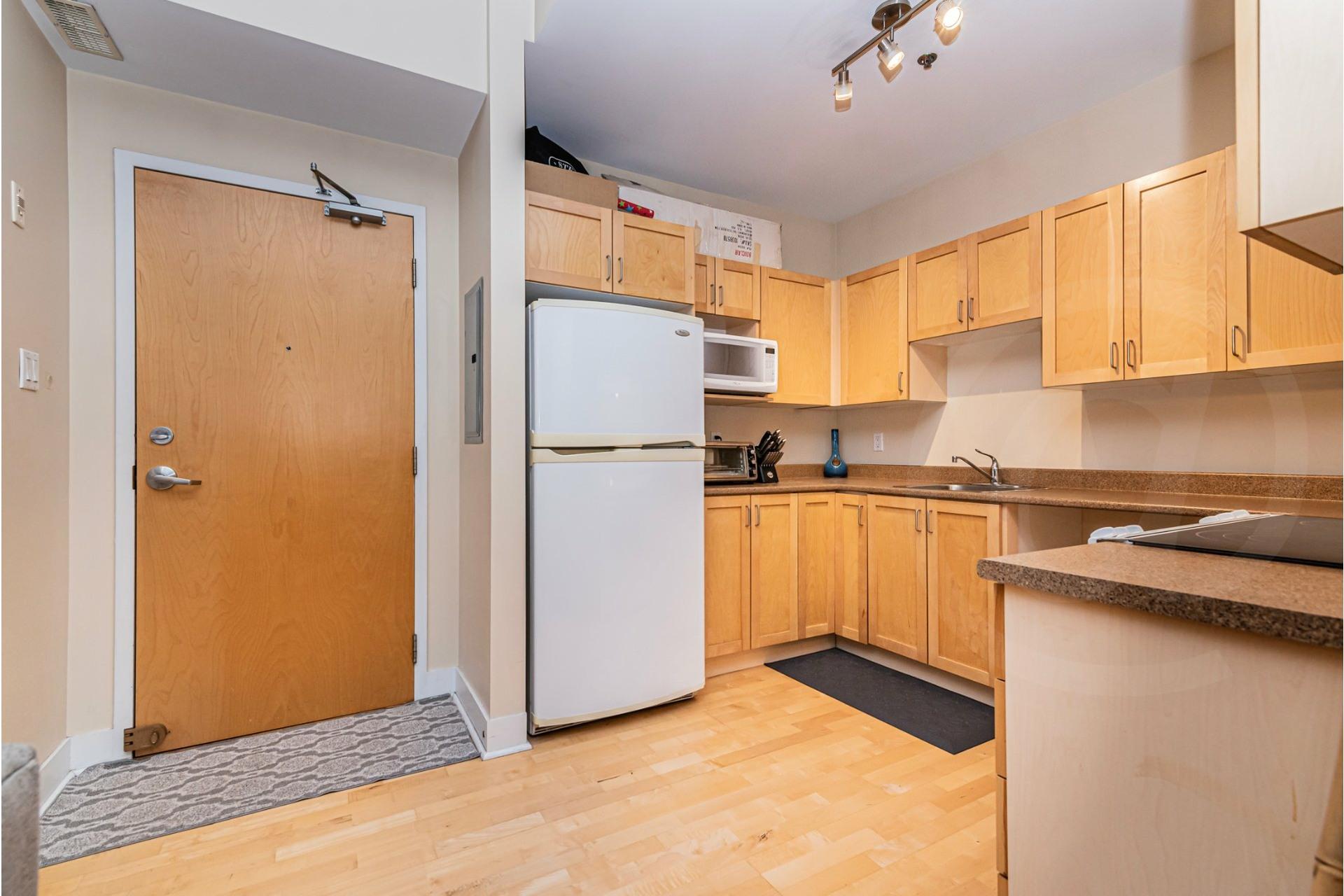 image 8 - Appartement À vendre Lachine Montréal  - 4 pièces