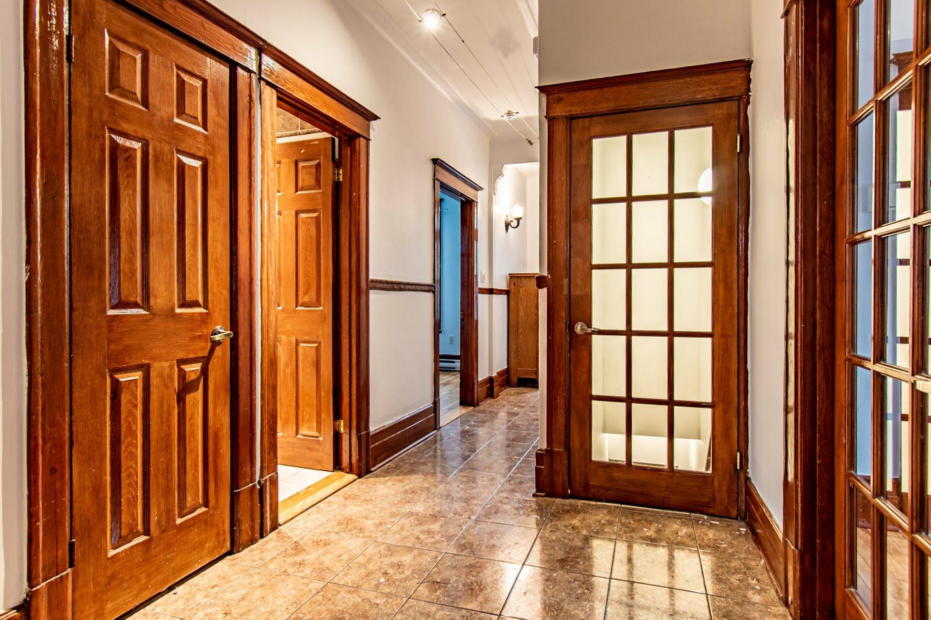 image 4 - Appartement À vendre Mercier/Hochelaga-Maisonneuve Montréal  - 5 pièces