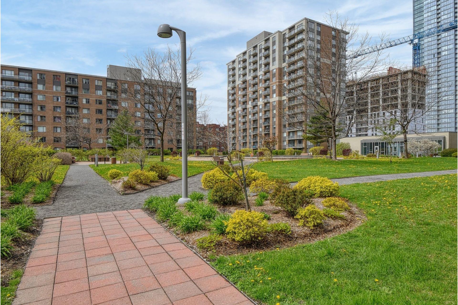 image 20 - Appartement À vendre Ville-Marie Montréal  - 4 pièces