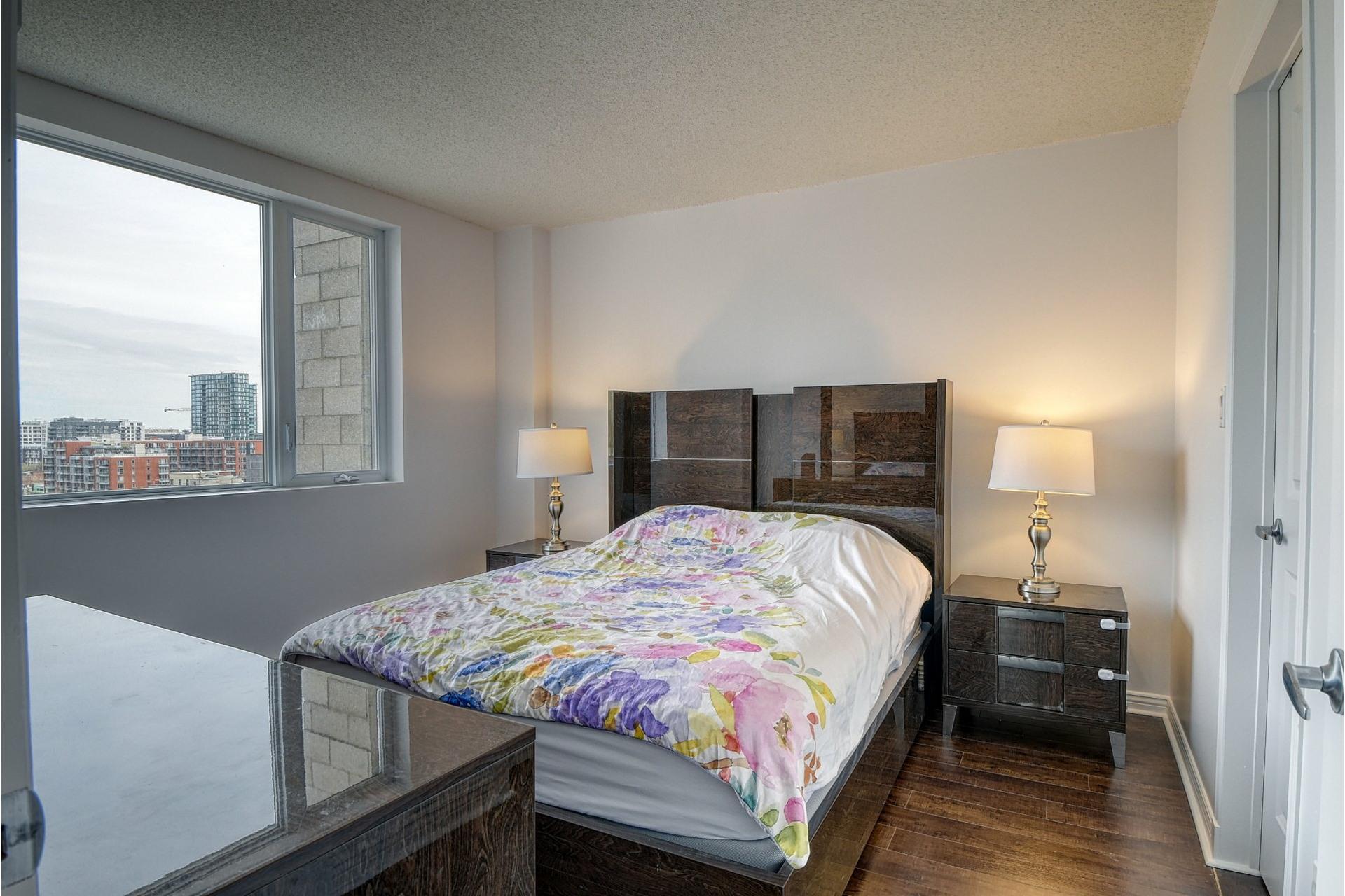 image 10 - Appartement À vendre Ville-Marie Montréal  - 4 pièces
