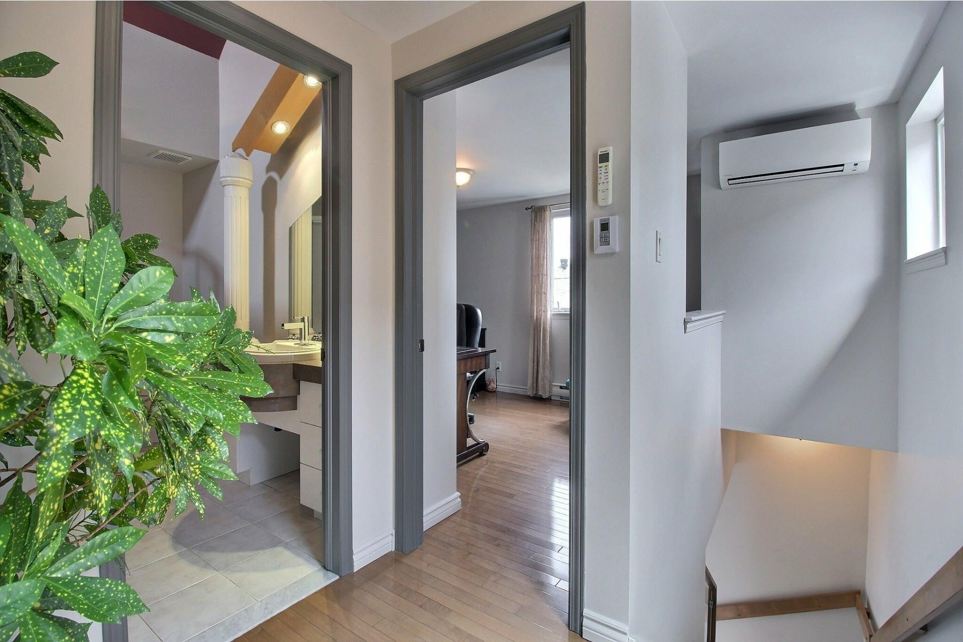 image 14 - House For sale Mercier/Hochelaga-Maisonneuve Montréal  - 7 rooms