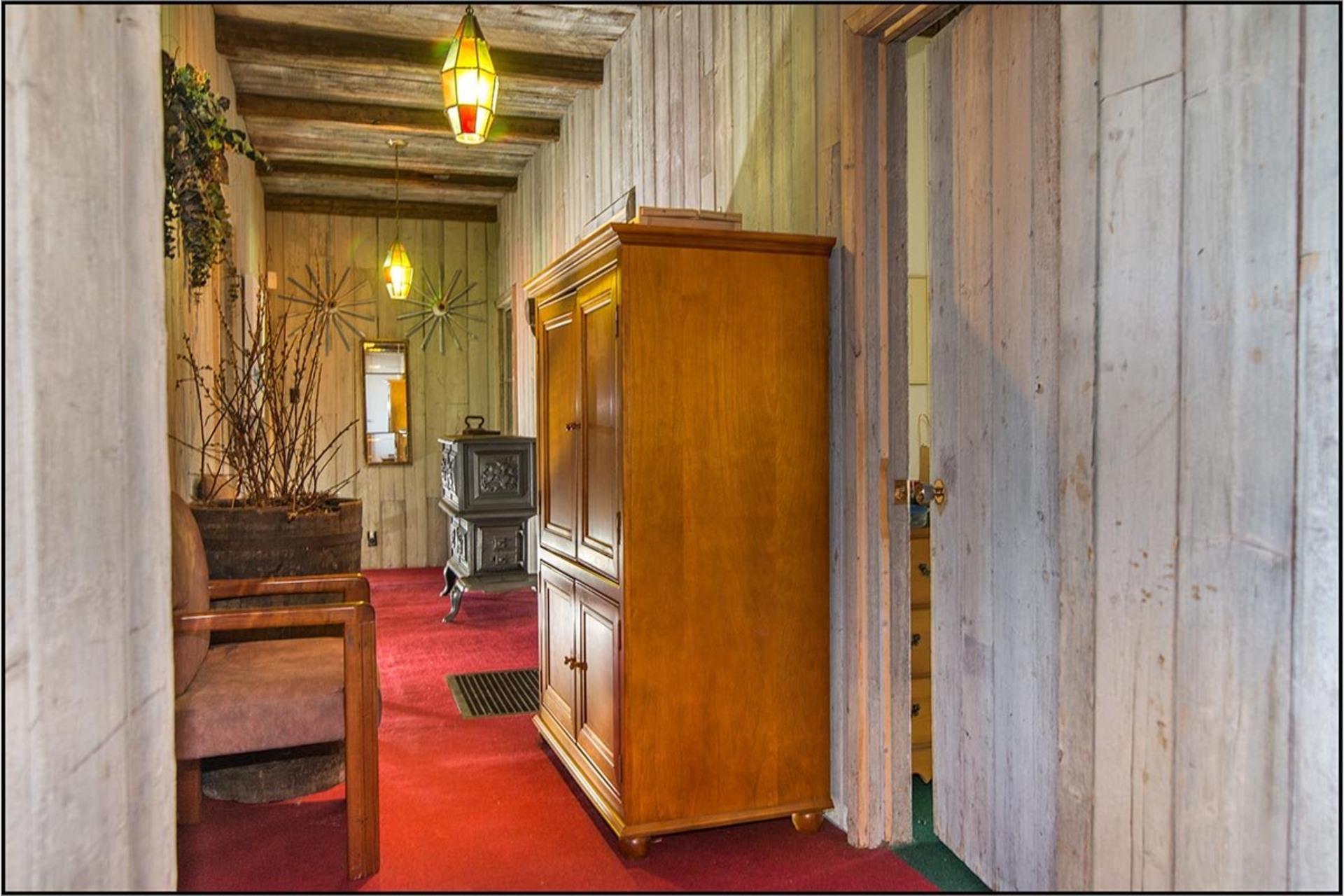 image 7 - House For sale Saint-Ferréol-les-Neiges - 12 rooms