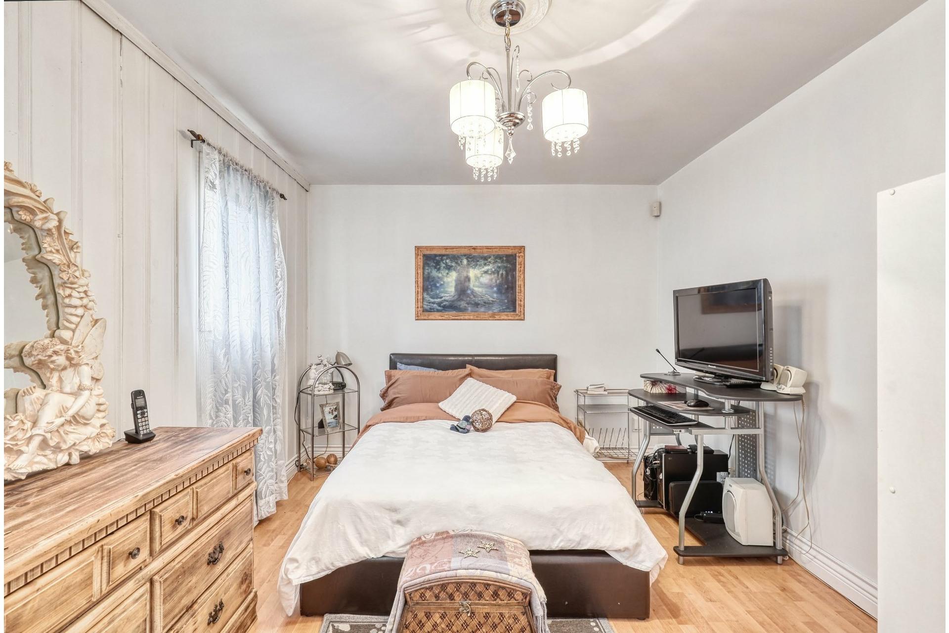 image 11 - House For sale Saint-Calixte - 6 rooms