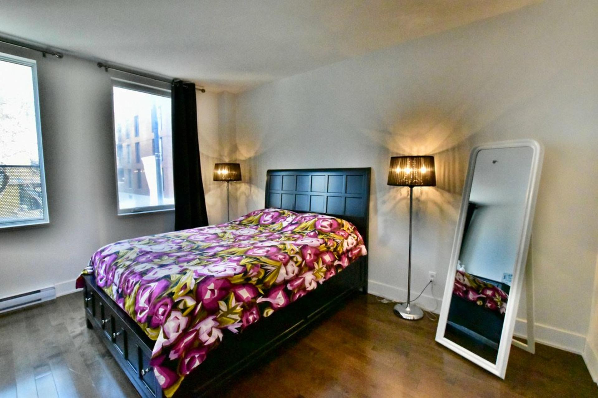 image 19 - Departamento Para alquiler Rosemont/La Petite-Patrie Montréal  - 8 habitaciones