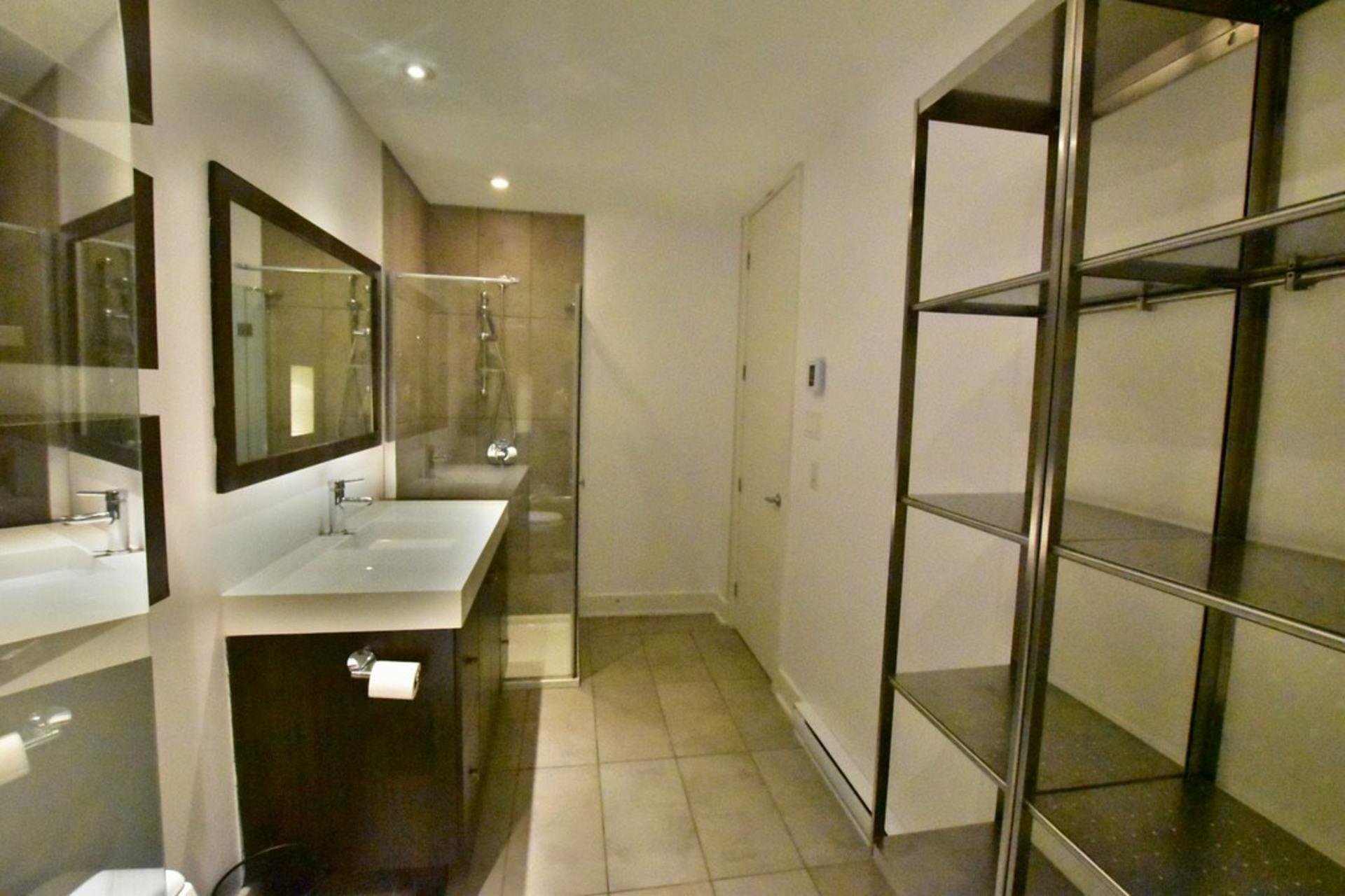 image 13 - Departamento Para alquiler Rosemont/La Petite-Patrie Montréal  - 8 habitaciones