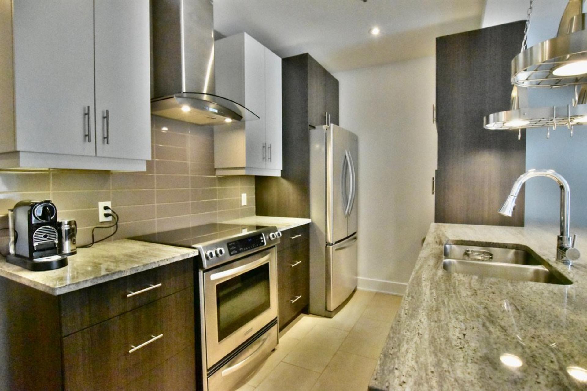 image 0 - Departamento Para alquiler Rosemont/La Petite-Patrie Montréal  - 8 habitaciones