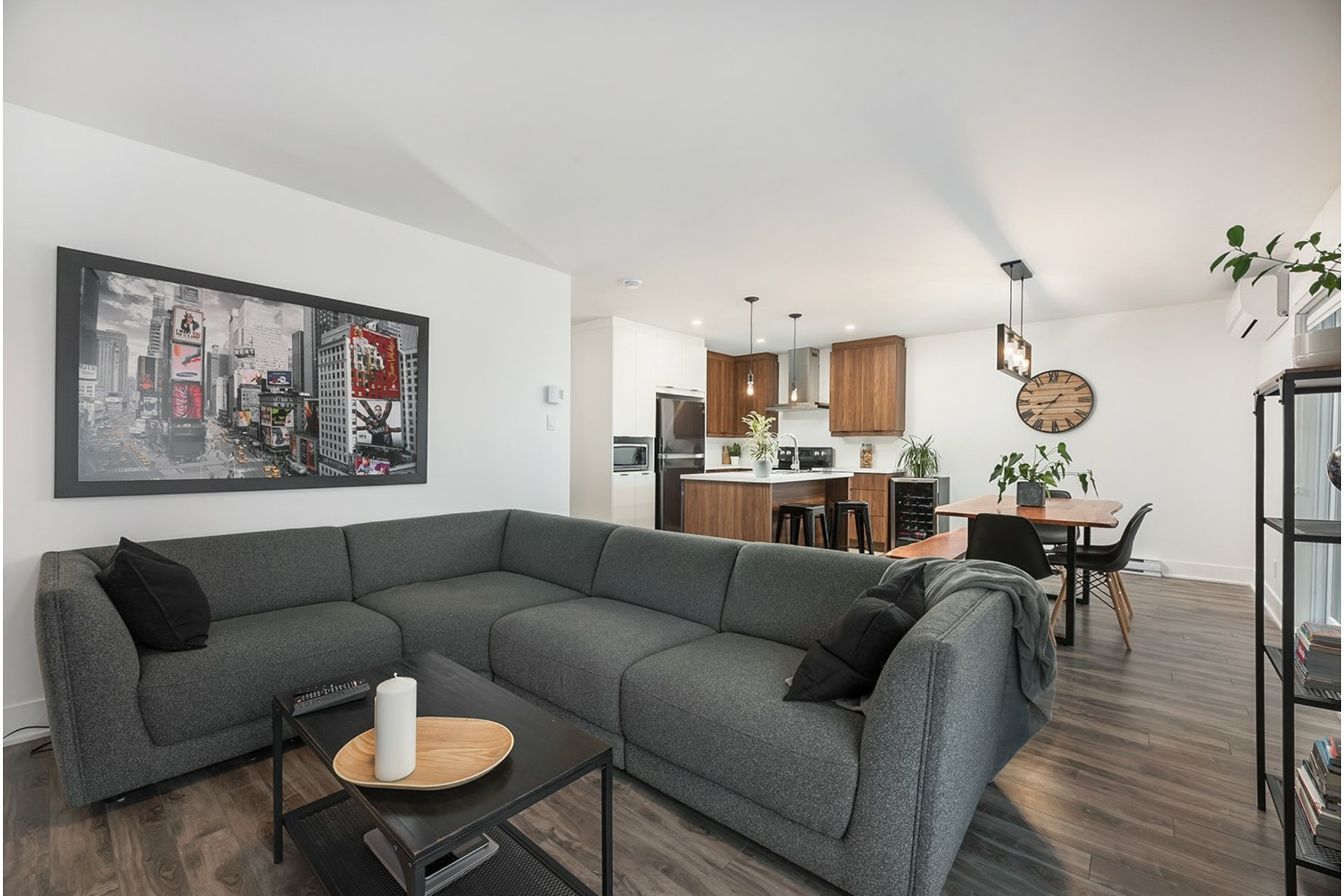 image 11 - Apartment For sale Saint-Philippe - 6 rooms