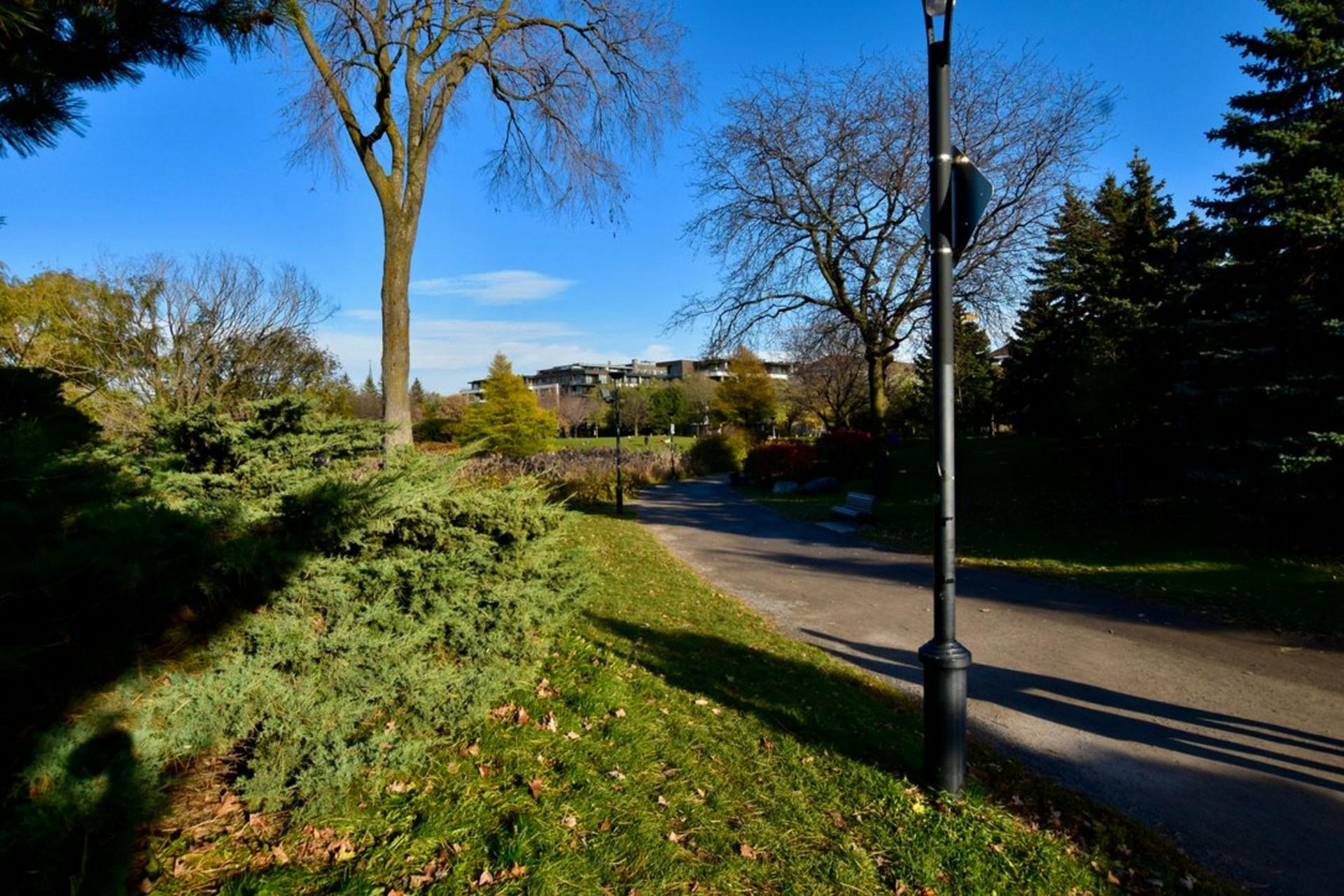 image 38 - Departamento Para alquiler Rosemont/La Petite-Patrie Montréal  - 8 habitaciones