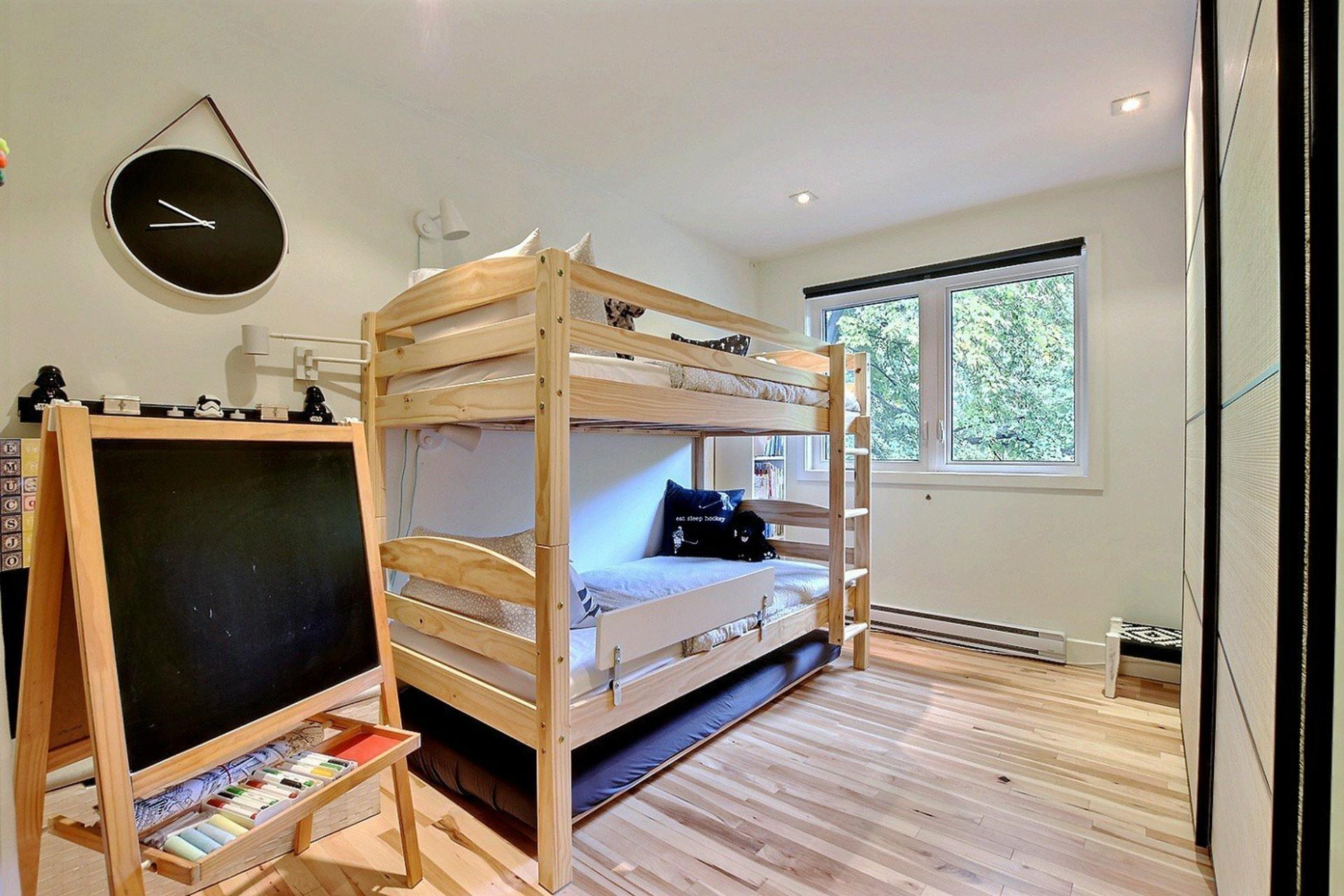 image 7 - House For rent Ville-Marie Montréal  - 6 rooms