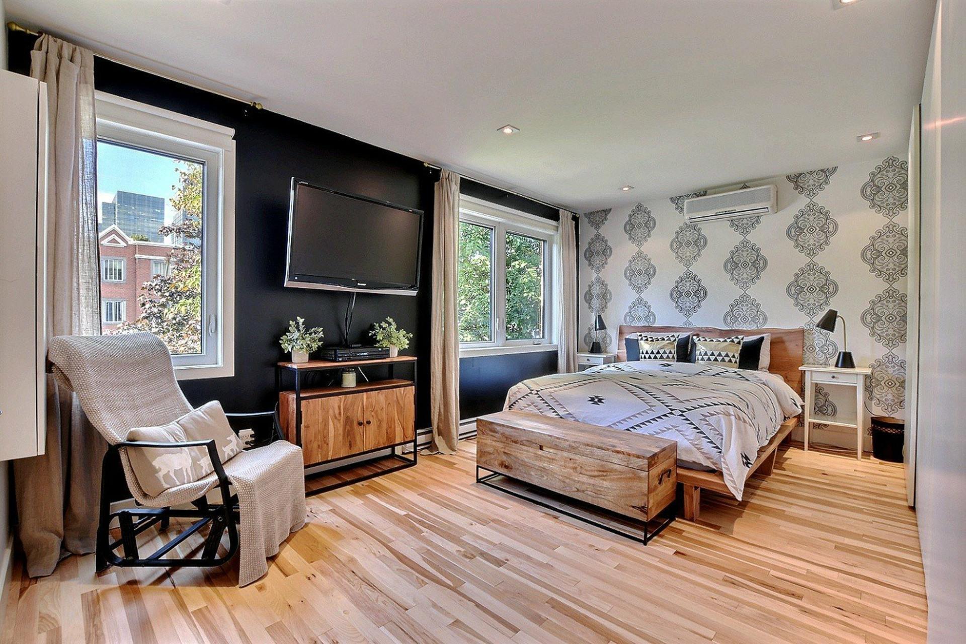 image 4 - House For rent Ville-Marie Montréal  - 6 rooms