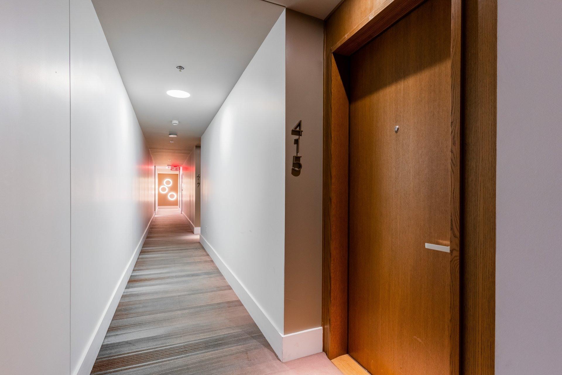 image 5 - Appartement À louer Le Sud-Ouest Montréal  - 3 pièces