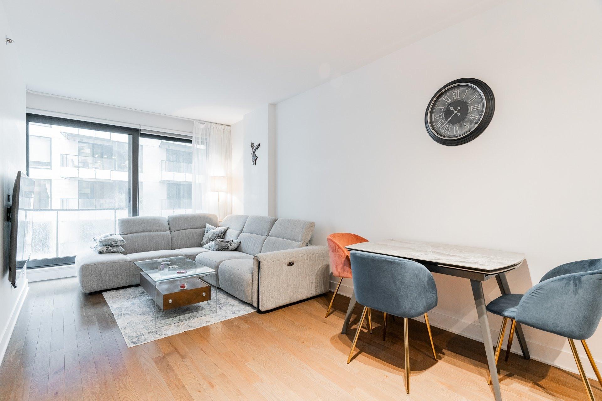 image 11 - Appartement À louer Le Sud-Ouest Montréal  - 3 pièces
