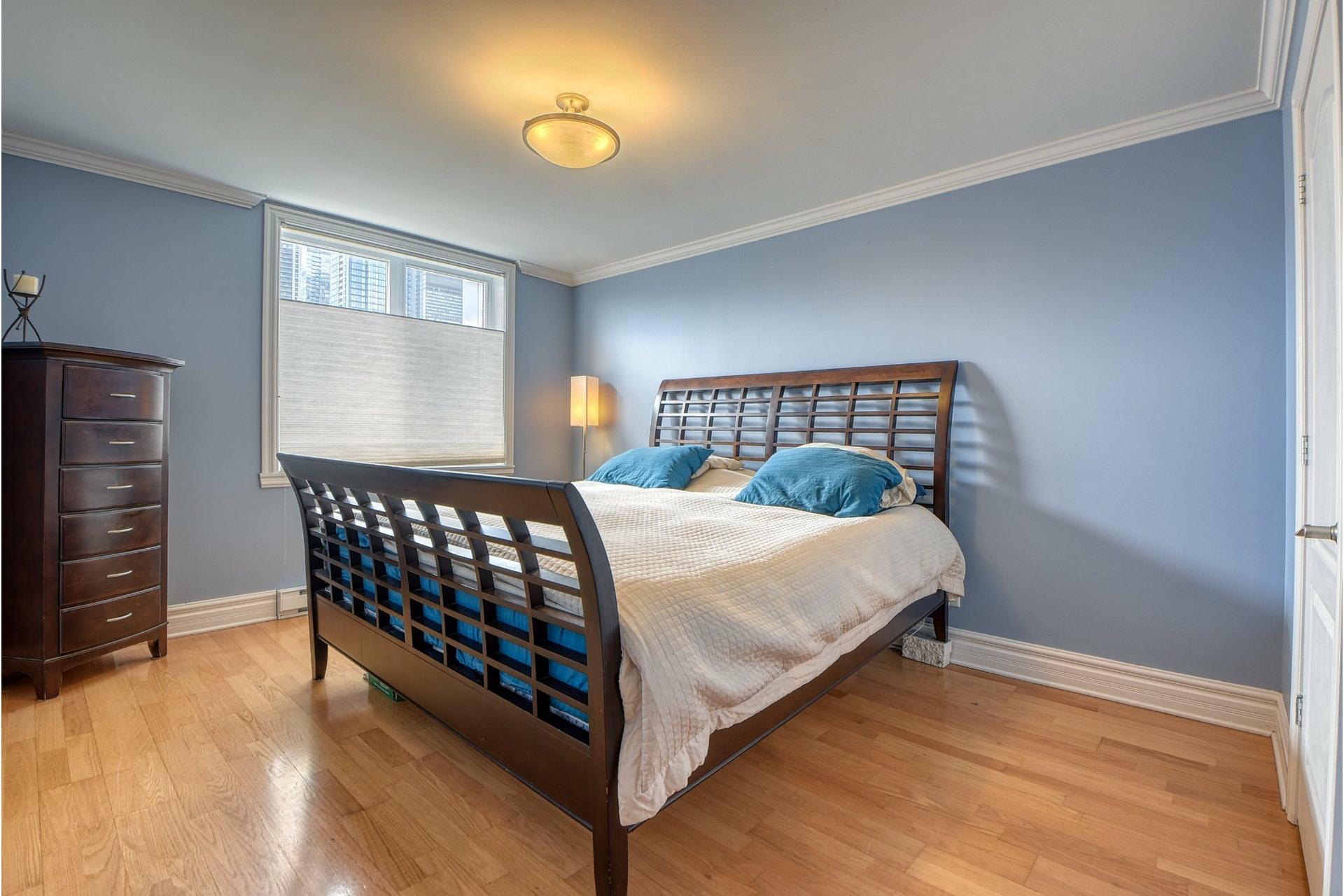 image 8 - Apartment For sale Ville-Marie Montréal  - 6 rooms