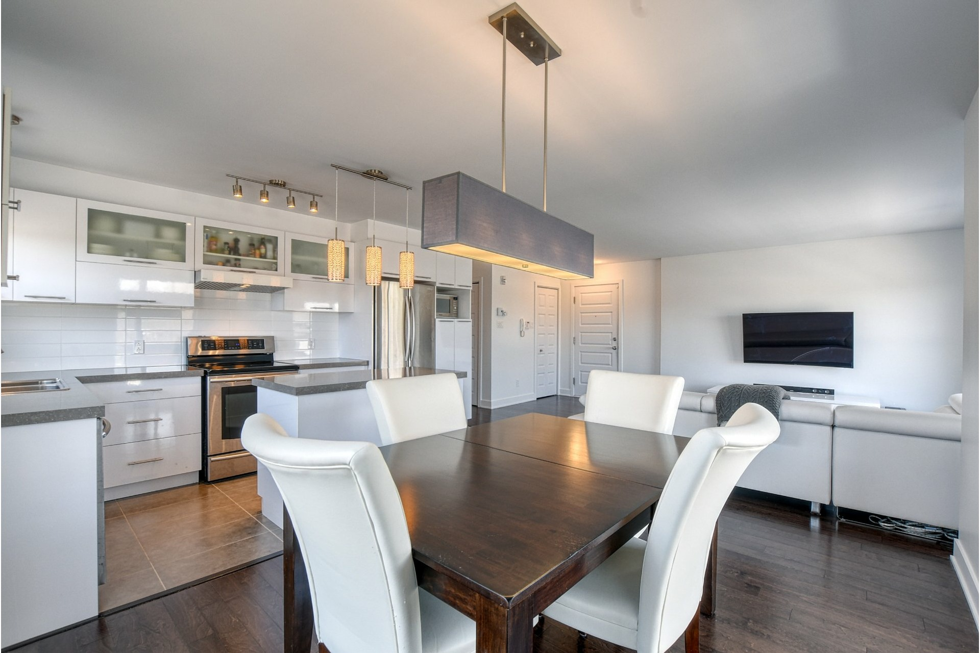 image 9 - Appartement À vendre Rivière-des-Prairies/Pointe-aux-Trembles Montréal  - 11 pièces