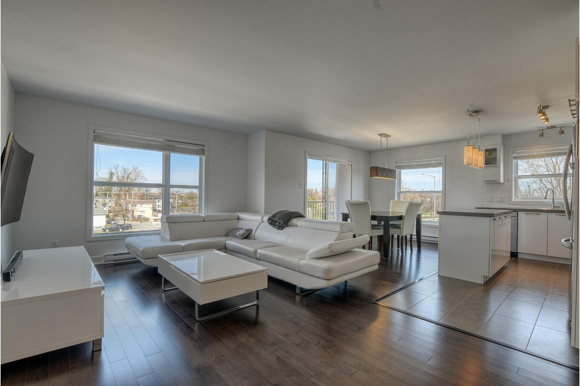 image 0 - Appartement À vendre Rivière-des-Prairies/Pointe-aux-Trembles Montréal  - 11 pièces