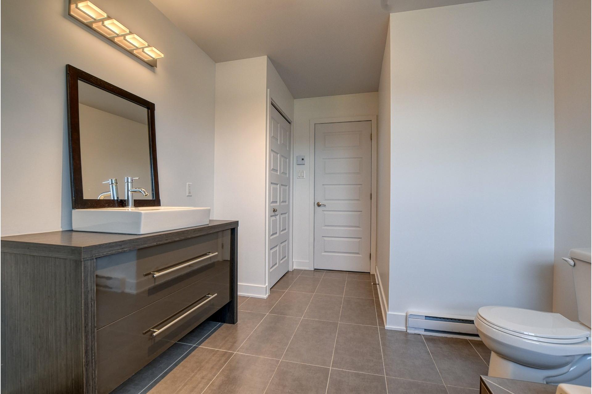 image 17 - Appartement À vendre Rivière-des-Prairies/Pointe-aux-Trembles Montréal  - 11 pièces