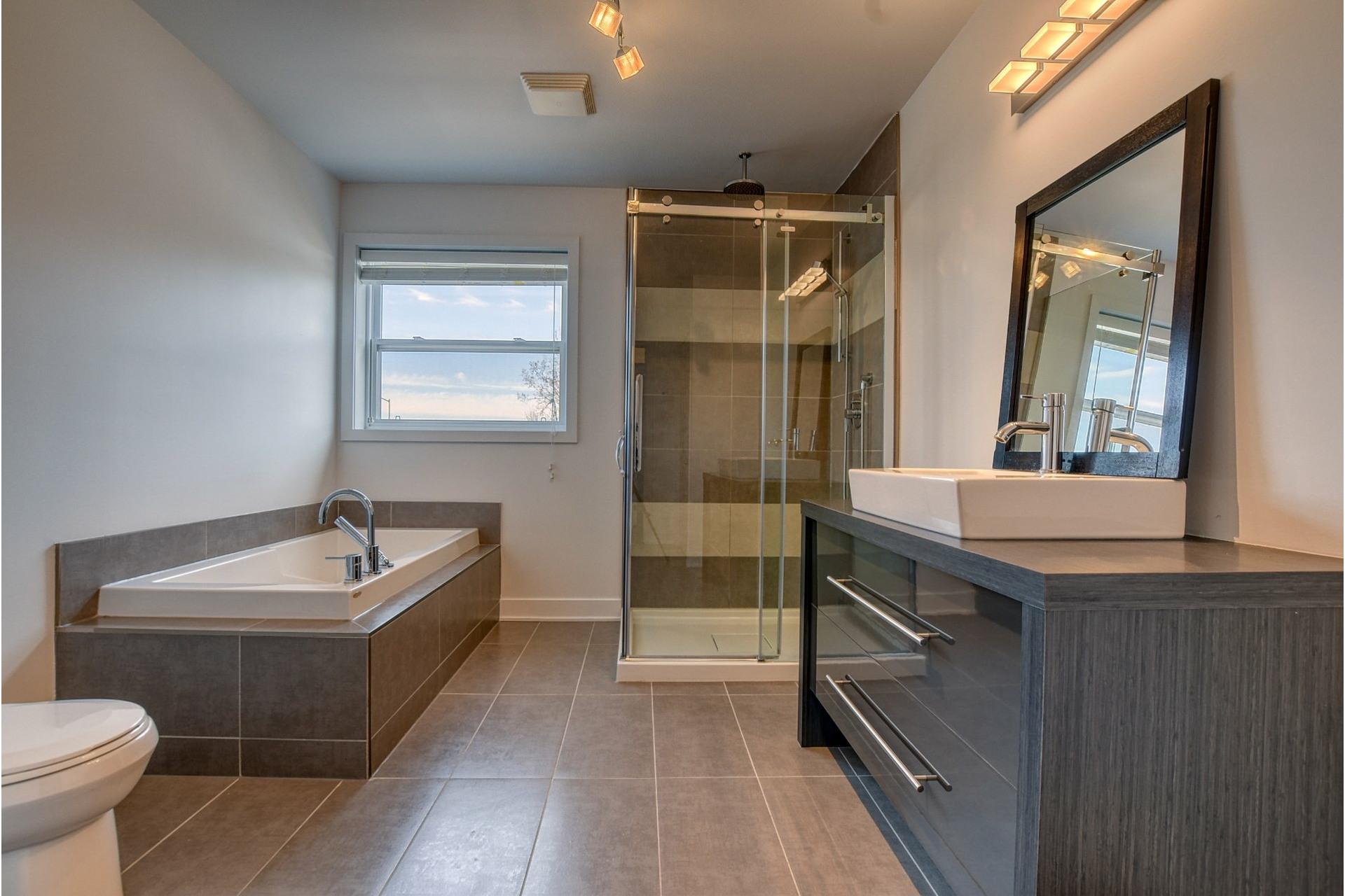 image 16 - Appartement À vendre Rivière-des-Prairies/Pointe-aux-Trembles Montréal  - 11 pièces
