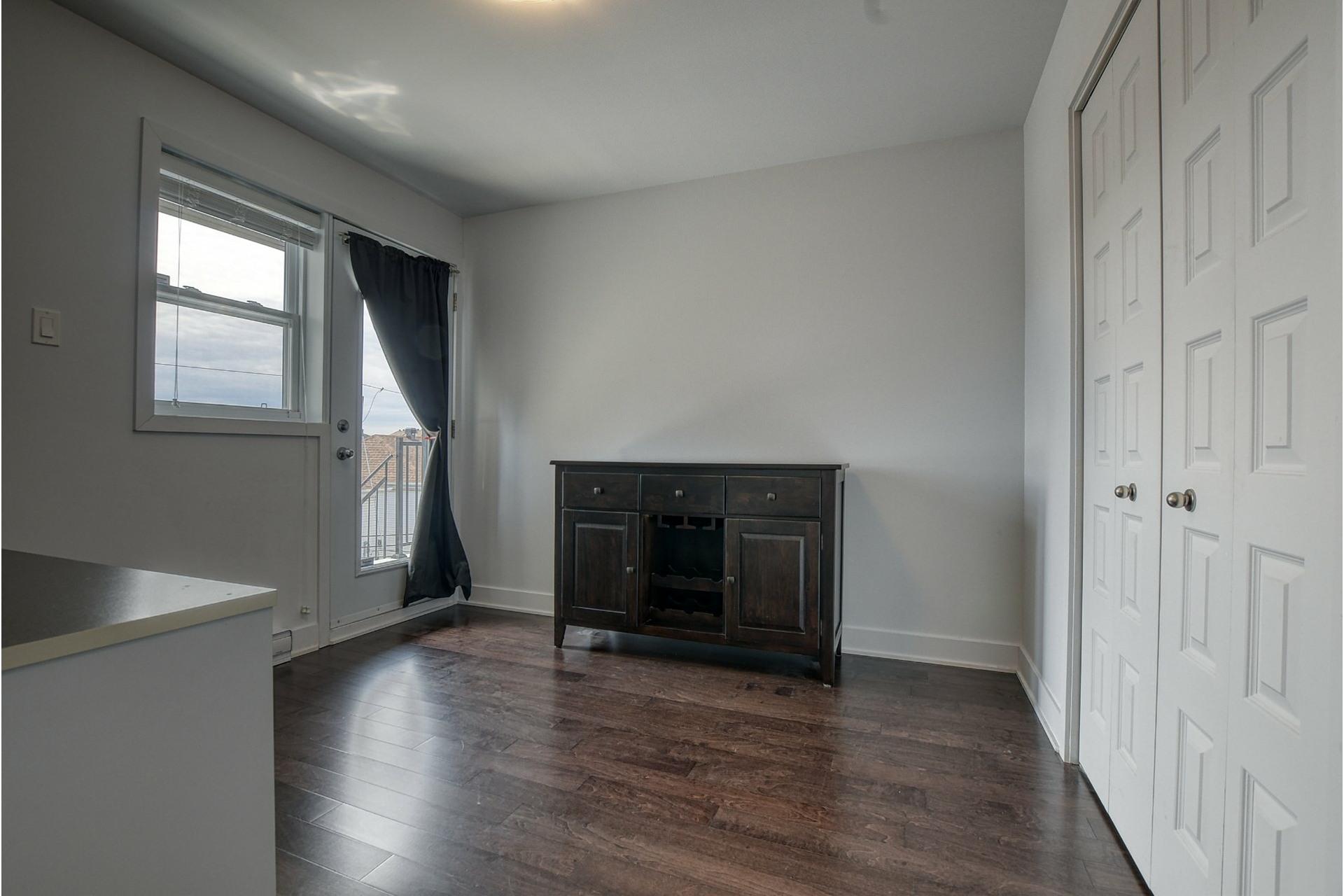 image 18 - Appartement À vendre Rivière-des-Prairies/Pointe-aux-Trembles Montréal  - 11 pièces