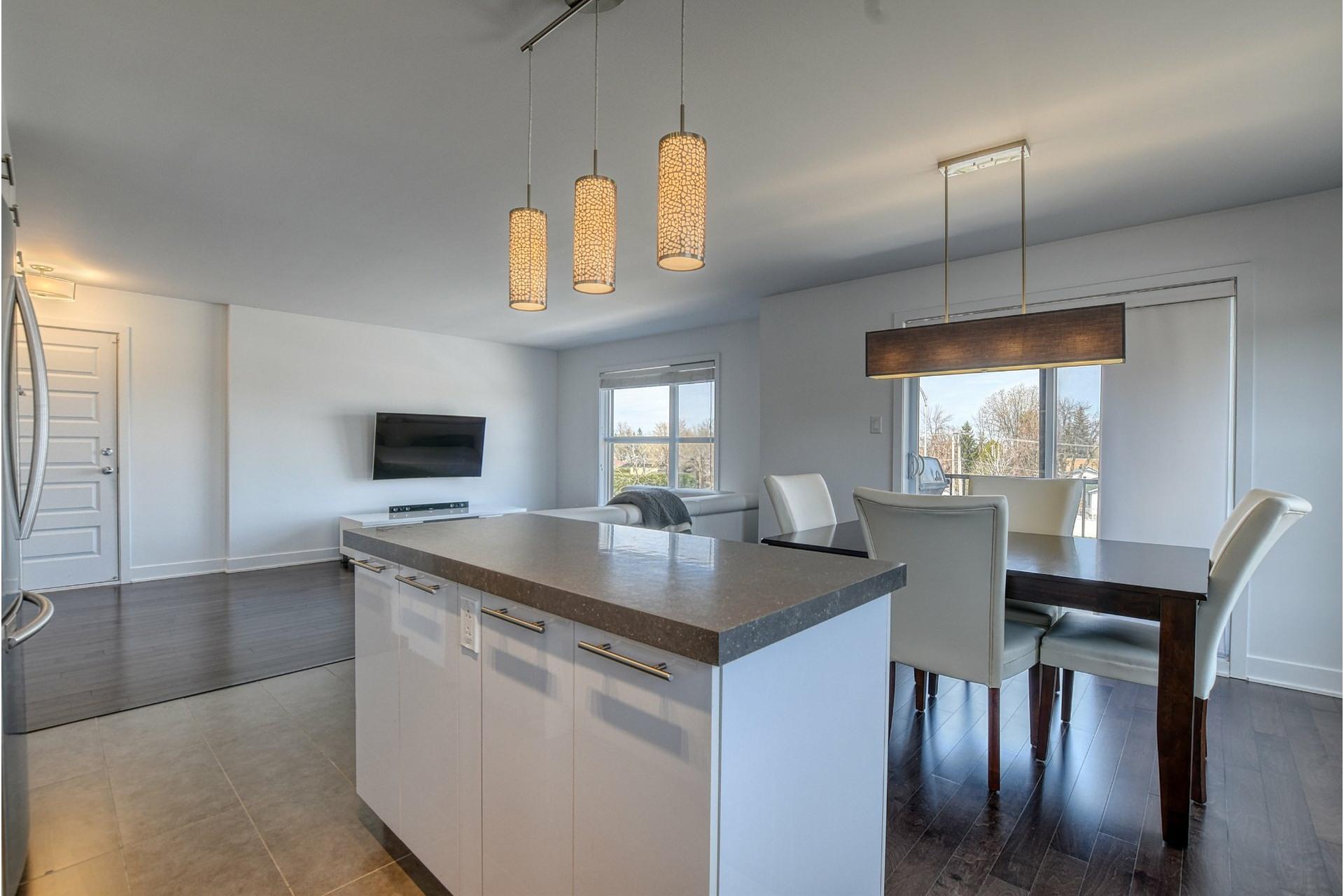 image 12 - Appartement À vendre Rivière-des-Prairies/Pointe-aux-Trembles Montréal  - 11 pièces