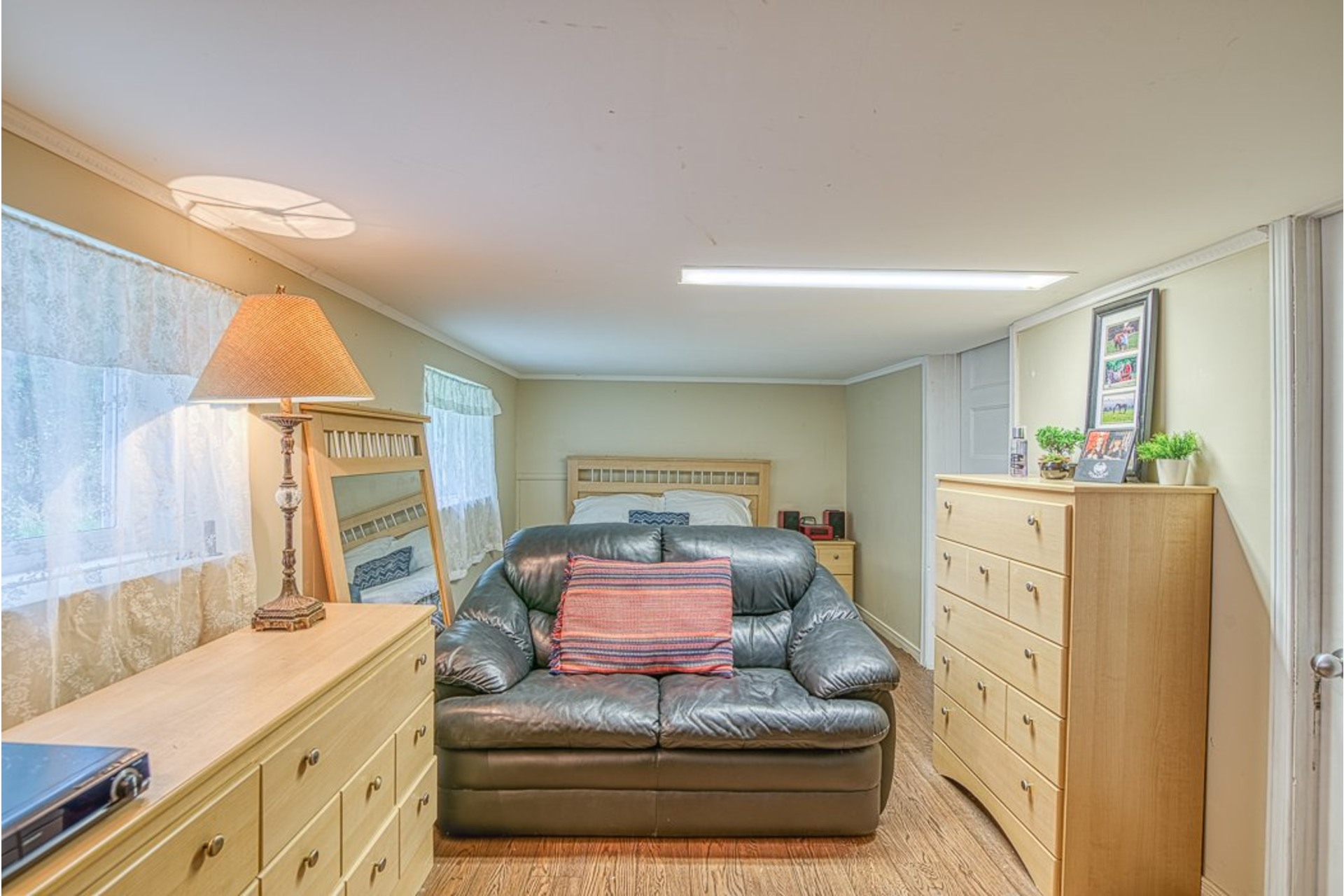 image 18 - House For sale Chertsey - 7 rooms