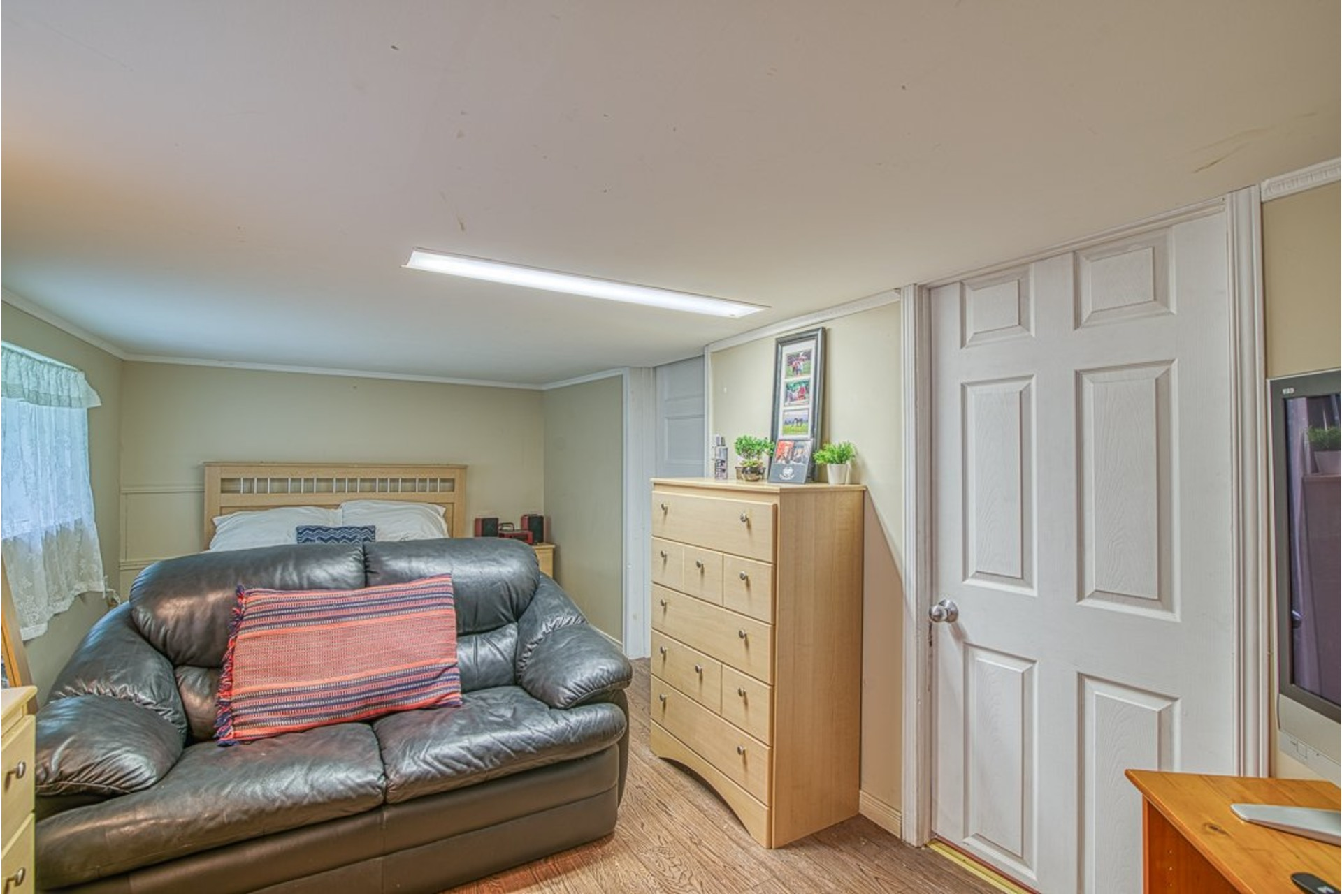 image 19 - House For sale Chertsey - 7 rooms