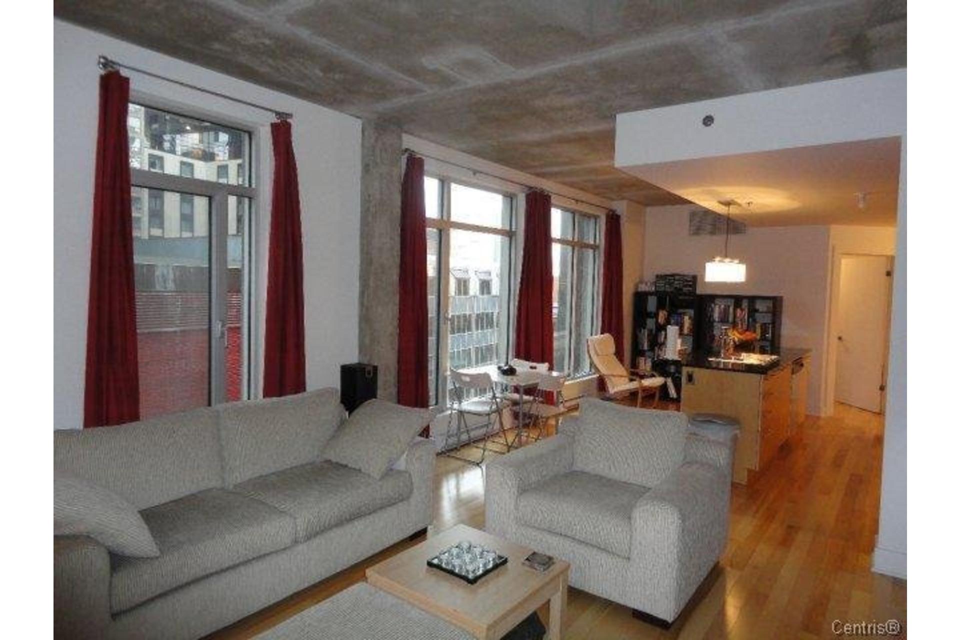 image 2 - Apartment For rent Ville-Marie Montréal  - 4 rooms