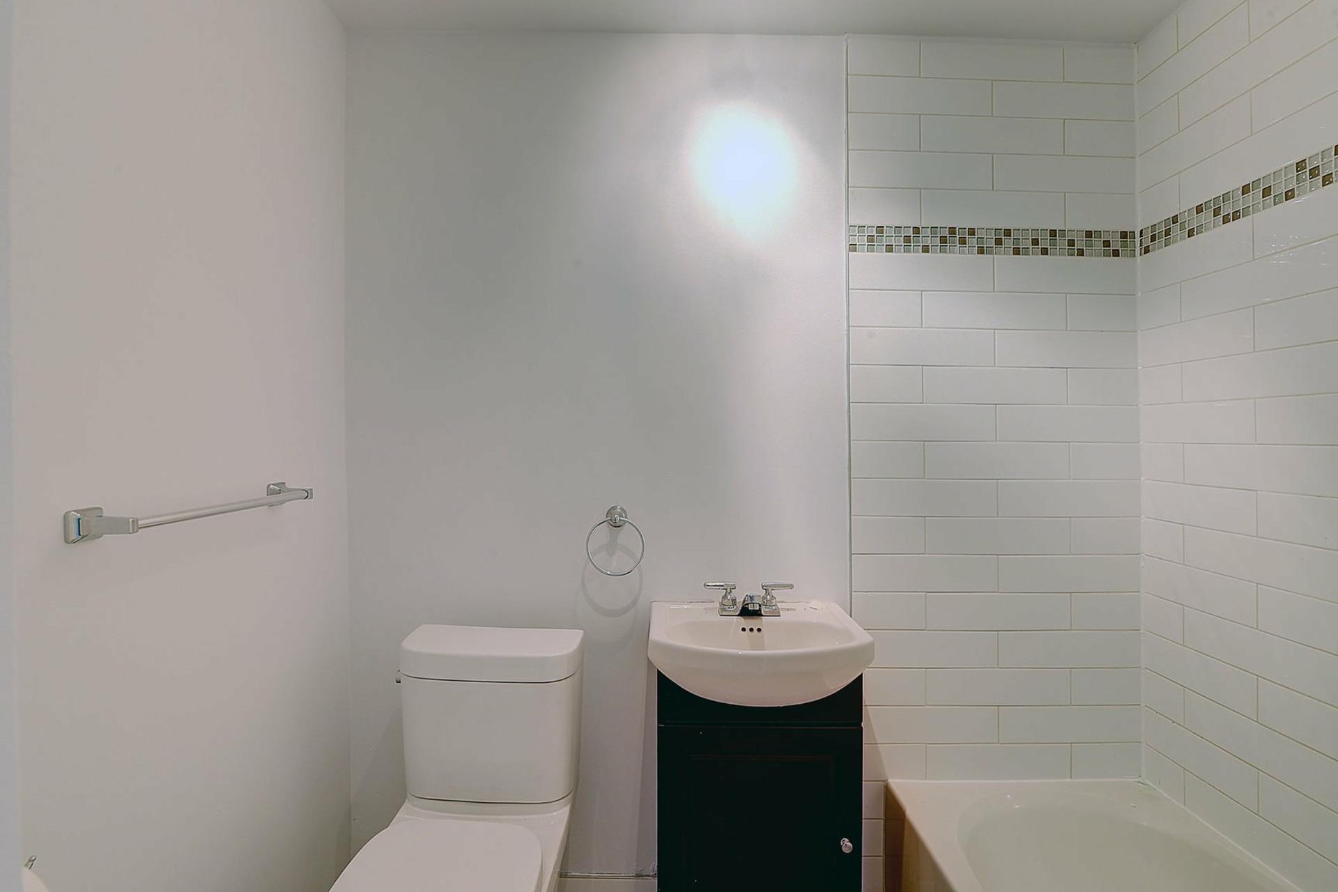 image 10 - Duplex For sale Verdun/Île-des-Soeurs Montréal  - 5 rooms