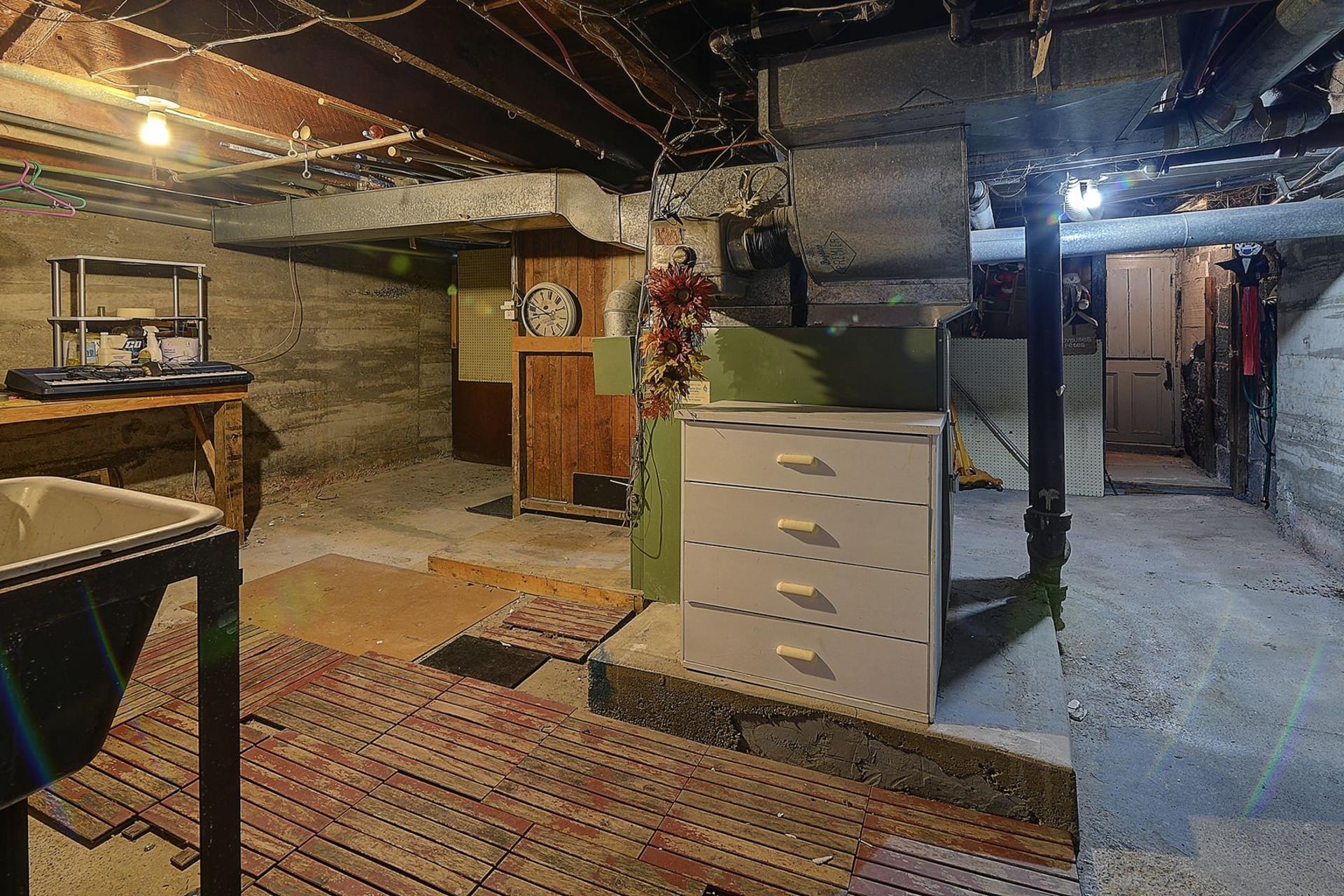 image 16 - Duplex For sale Verdun/Île-des-Soeurs Montréal  - 5 rooms