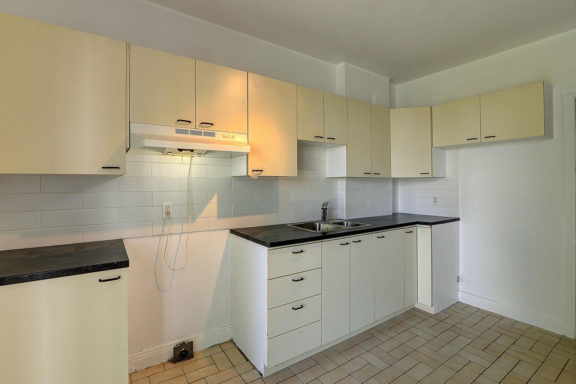 image 12 - Duplex For sale Verdun/Île-des-Soeurs Montréal  - 5 rooms