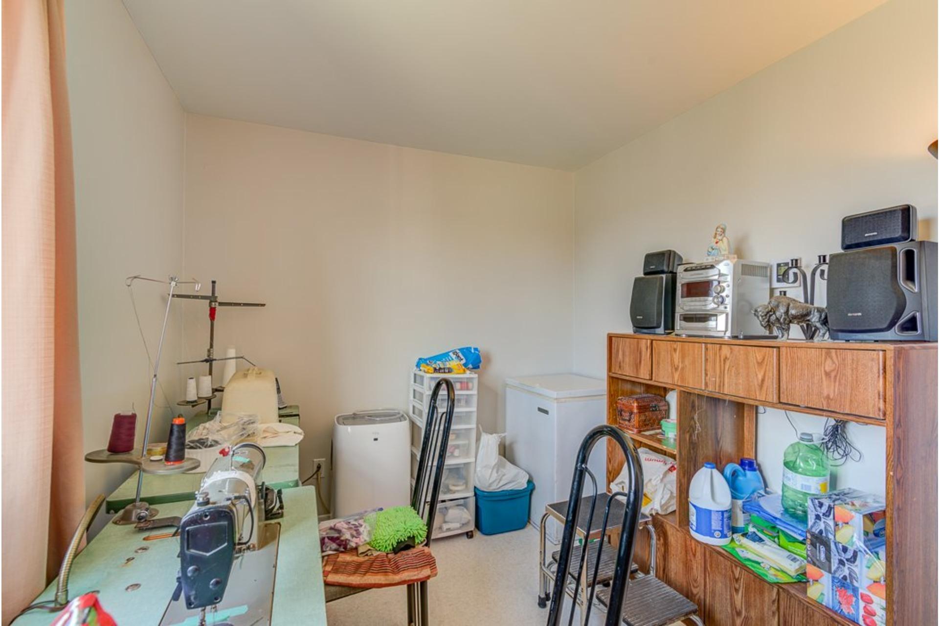 image 42 - Duplex À vendre Sainte-Anne-des-Plaines - 5 pièces