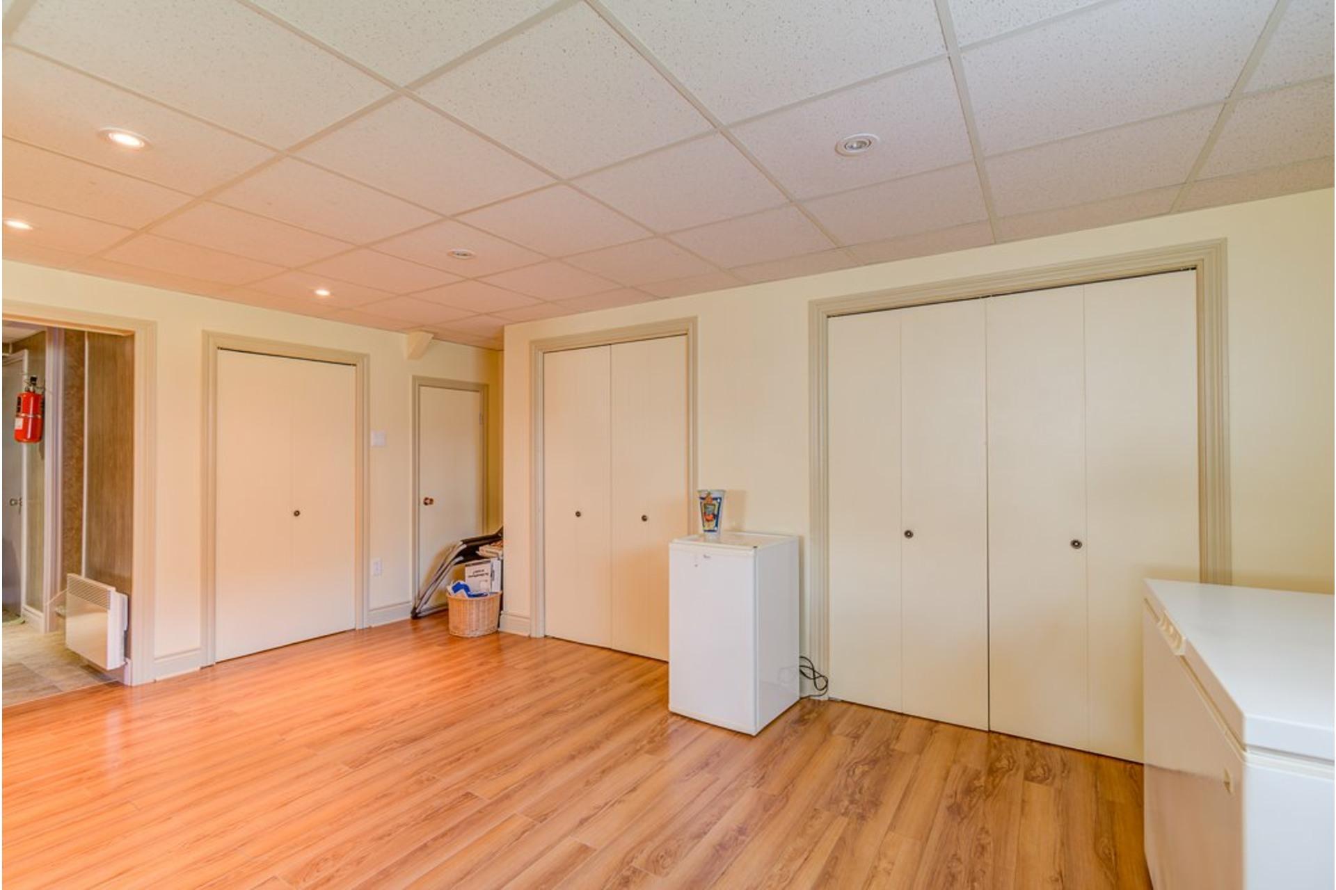 image 21 - Duplex À vendre Sainte-Anne-des-Plaines - 5 pièces