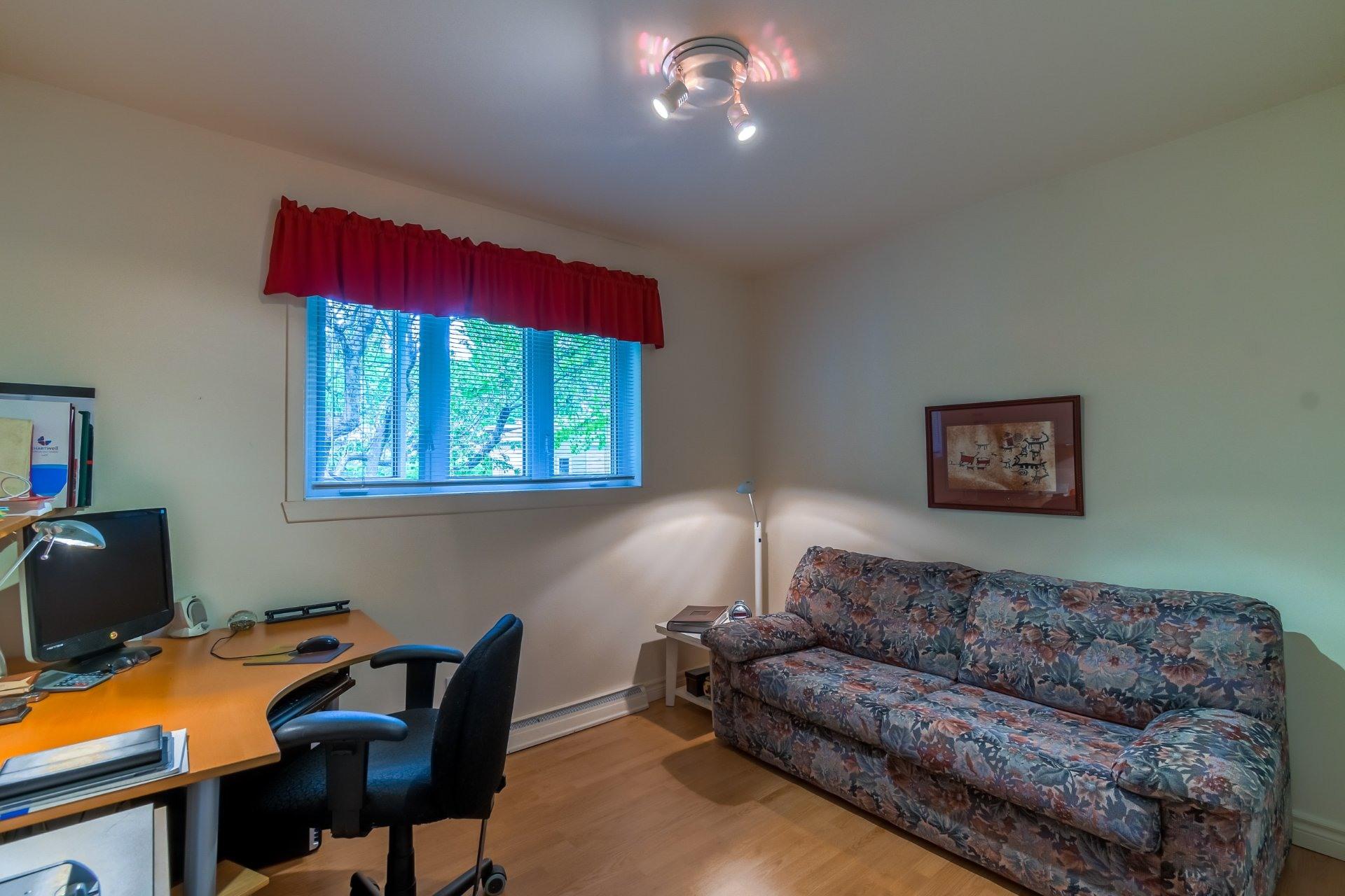 image 18 - House For sale Trois-Rivières - 13 rooms