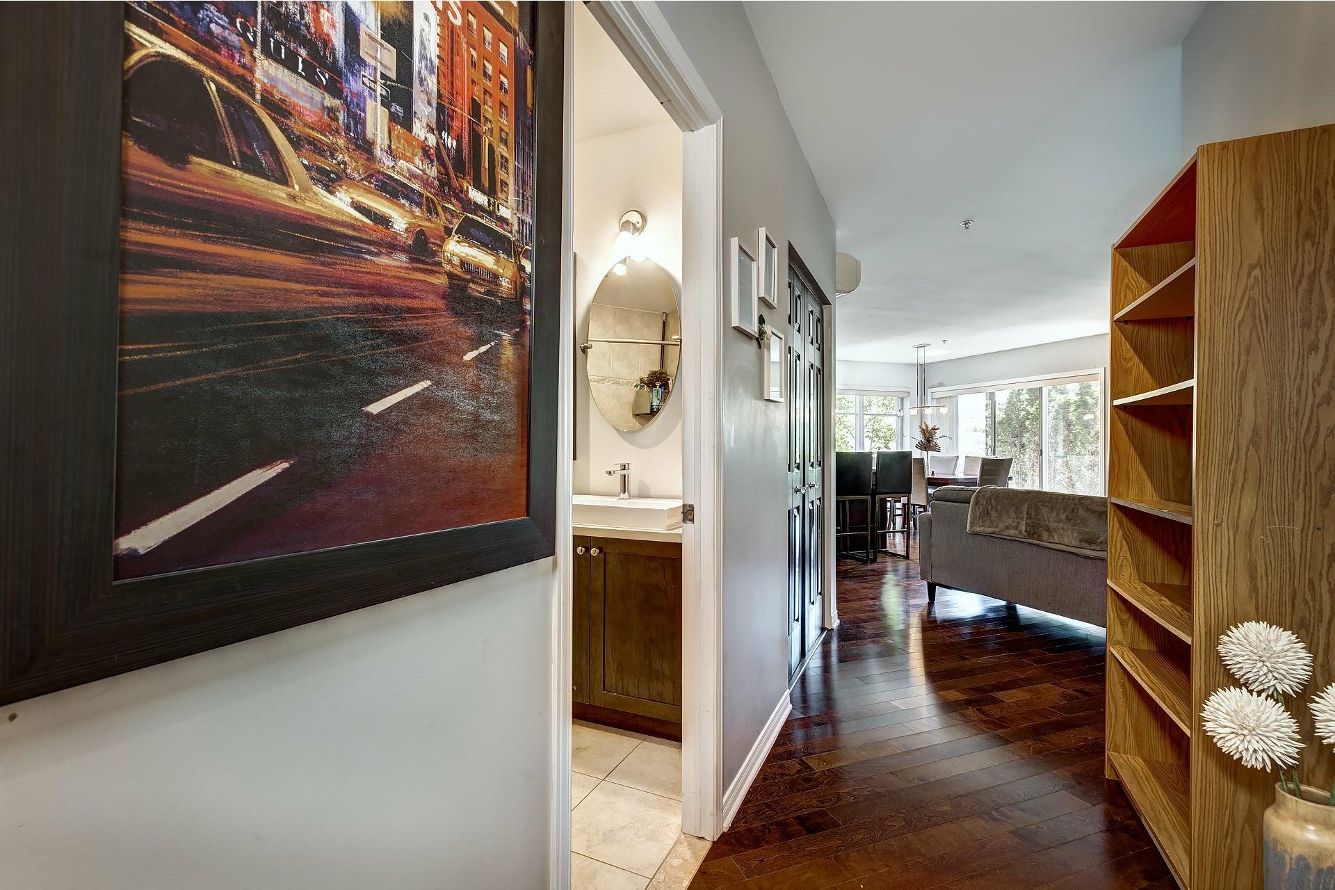 image 3 - Appartement À vendre Pointe-Claire - 5 pièces